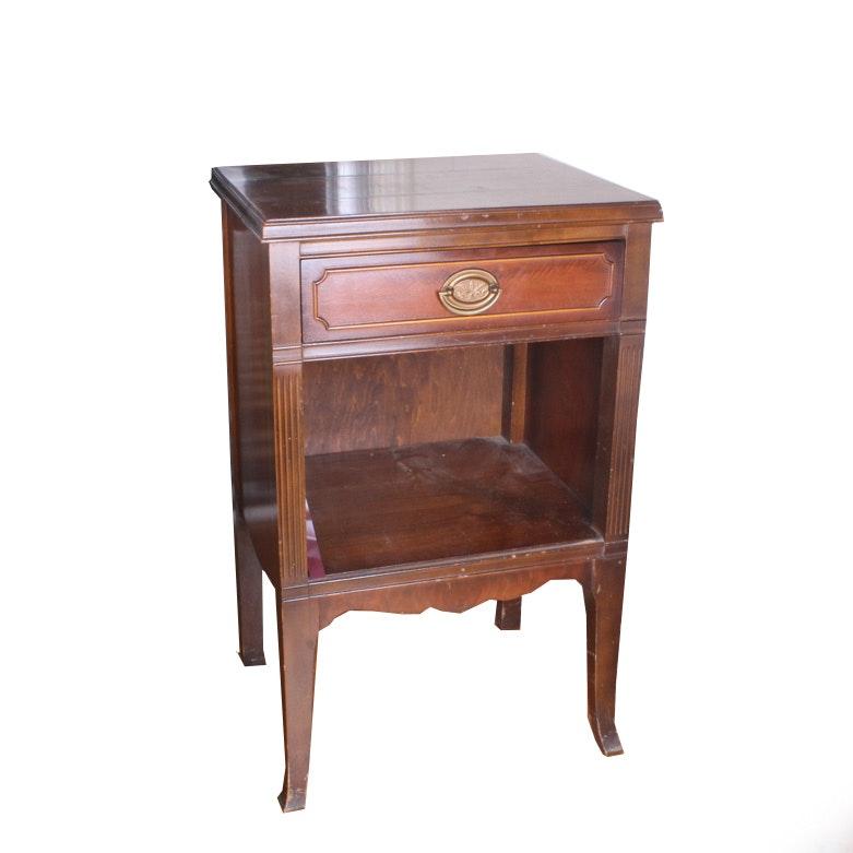Vintage Hepplewhite Style Side Table