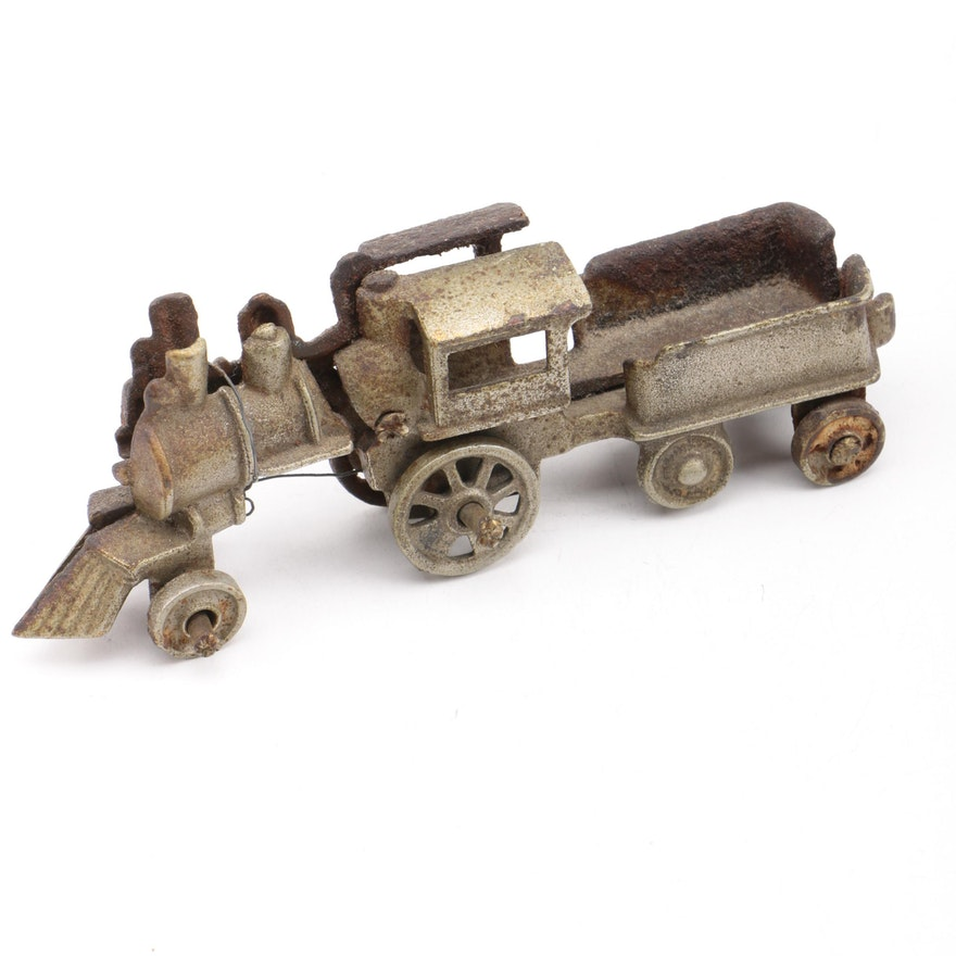 Nycrr Cast Iron Train: Vintage Cast Iron Train Engine Toy