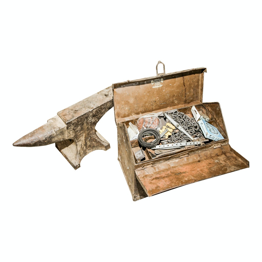 Heavy Duty Anvil with Tool Box