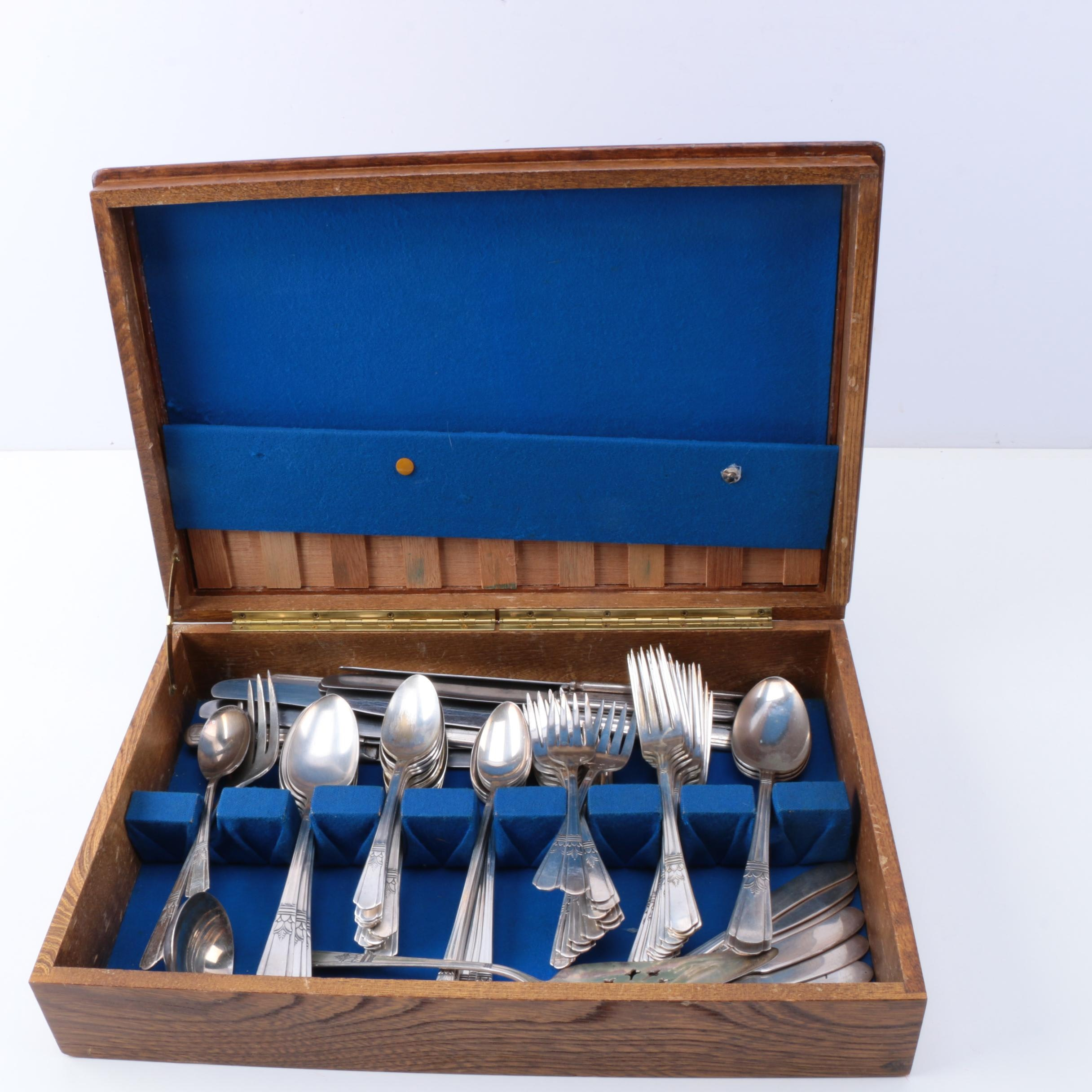 Court by International Silver Co. Silver Plate Flatware Set