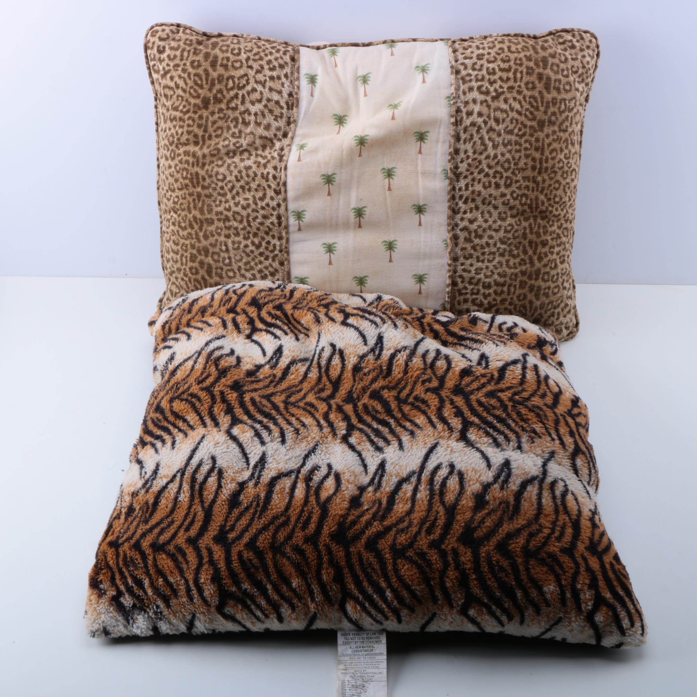 Pairing of Animal Print Throw Pillows : EBTH