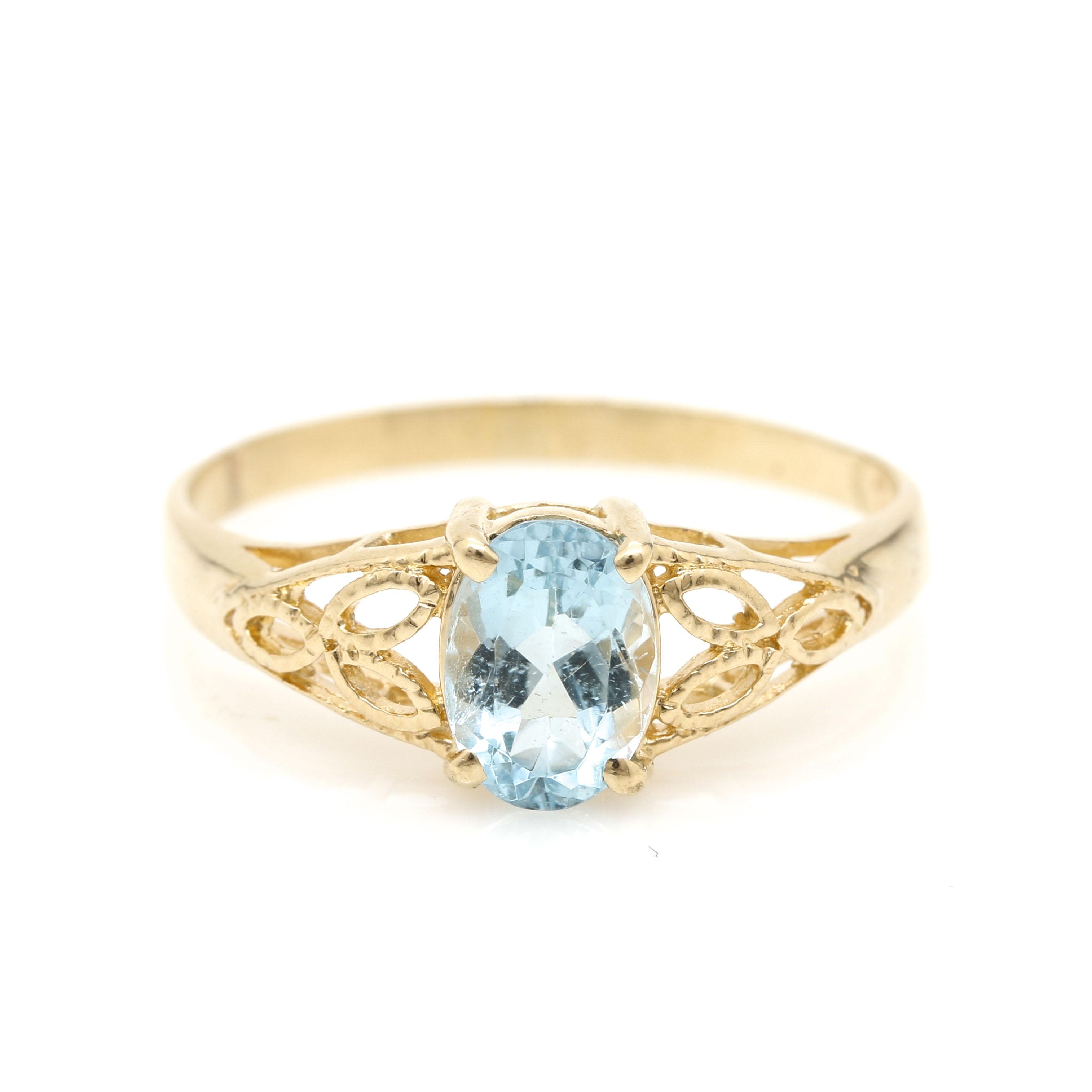 14K Yellow Gold 1.07 CT Aquamarine Ring