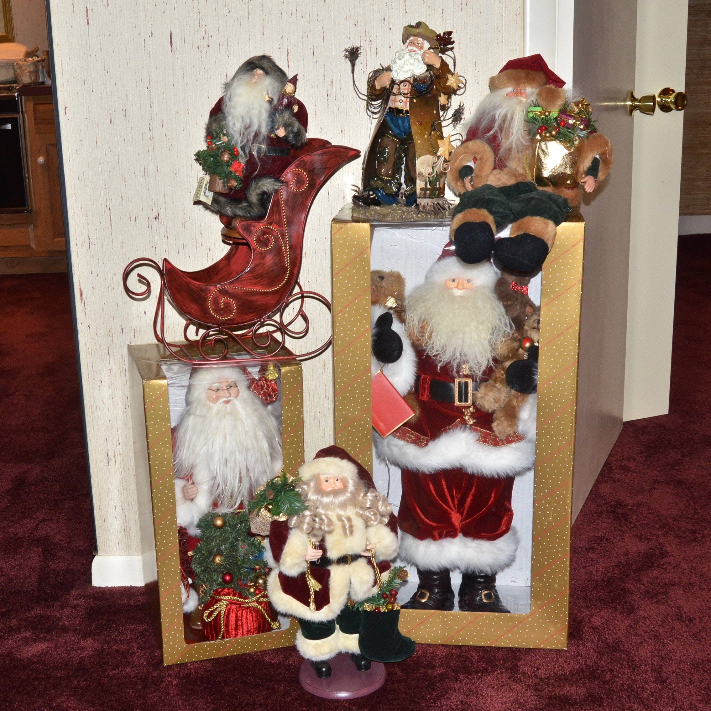 Vintage Style Holiday Santa Collection