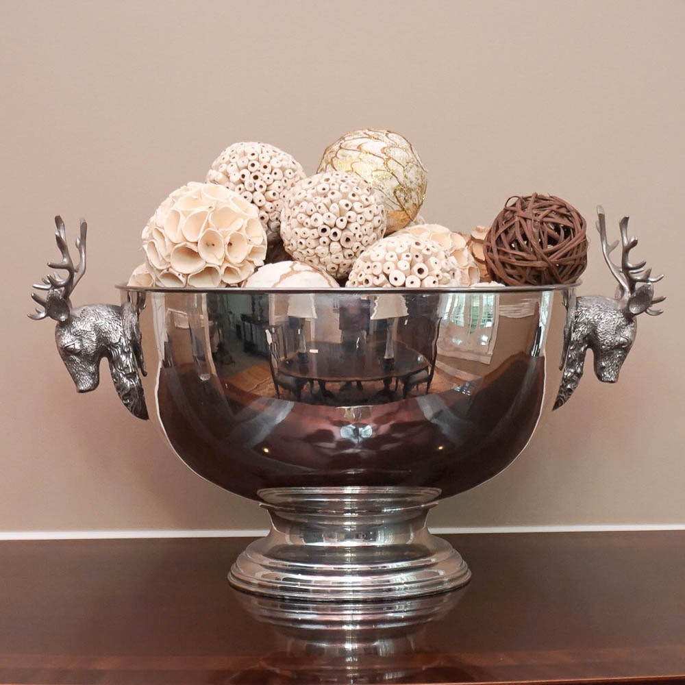 Stag Head Centerpiece Bowl with Decorative Wood Balls
