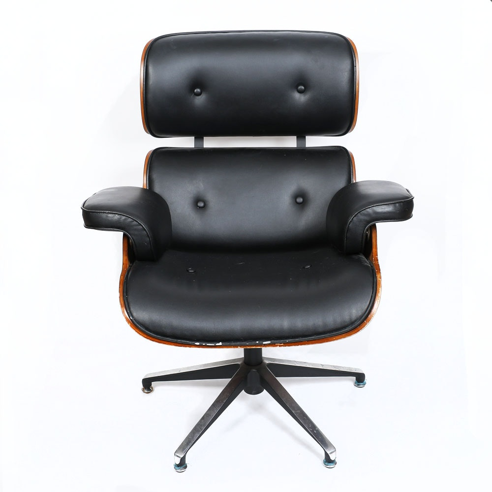 Modern Bentwood And Leather Eames Style Lounger Ebth