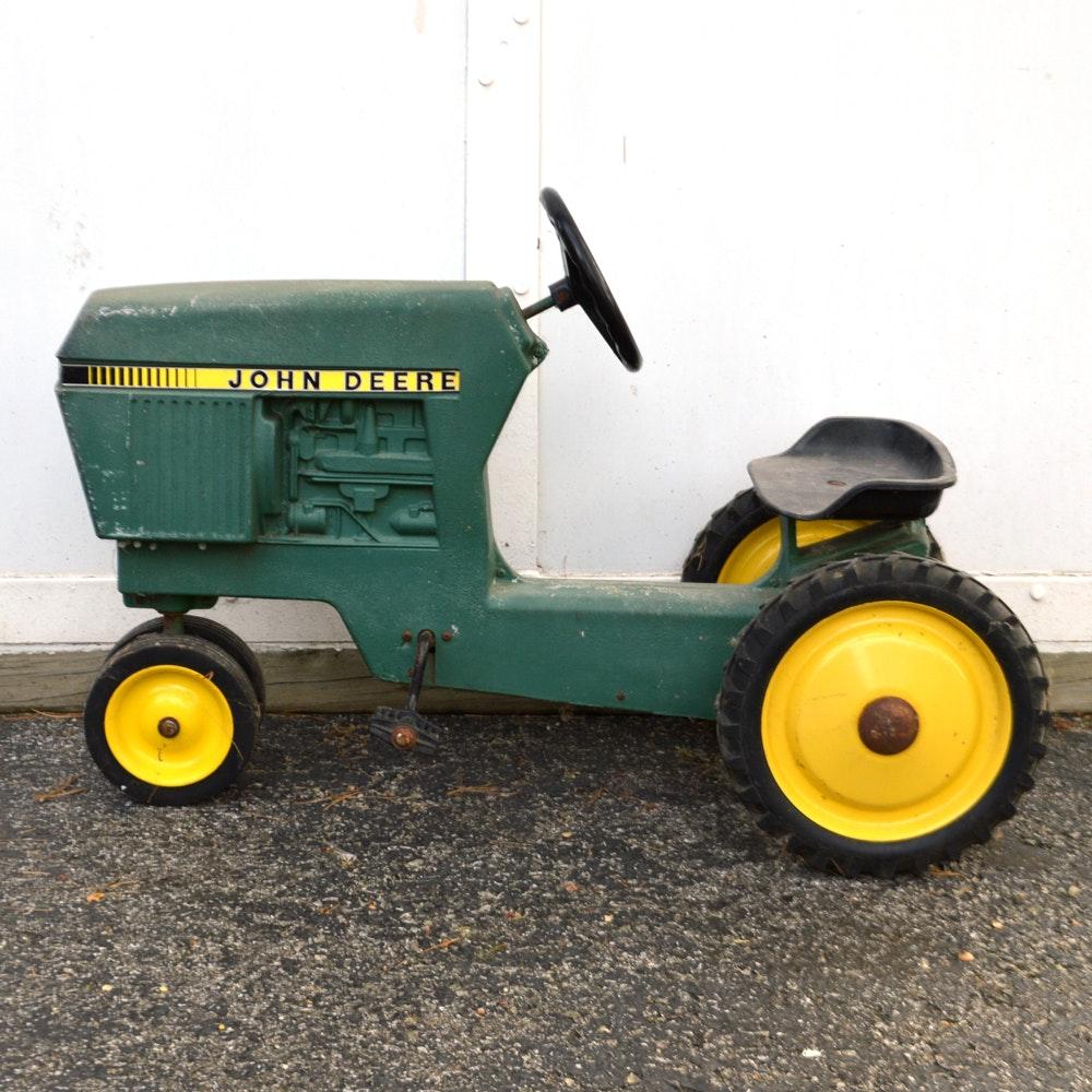 Vintage Ertl Cast Aluminum John Deer Pedal Tractor