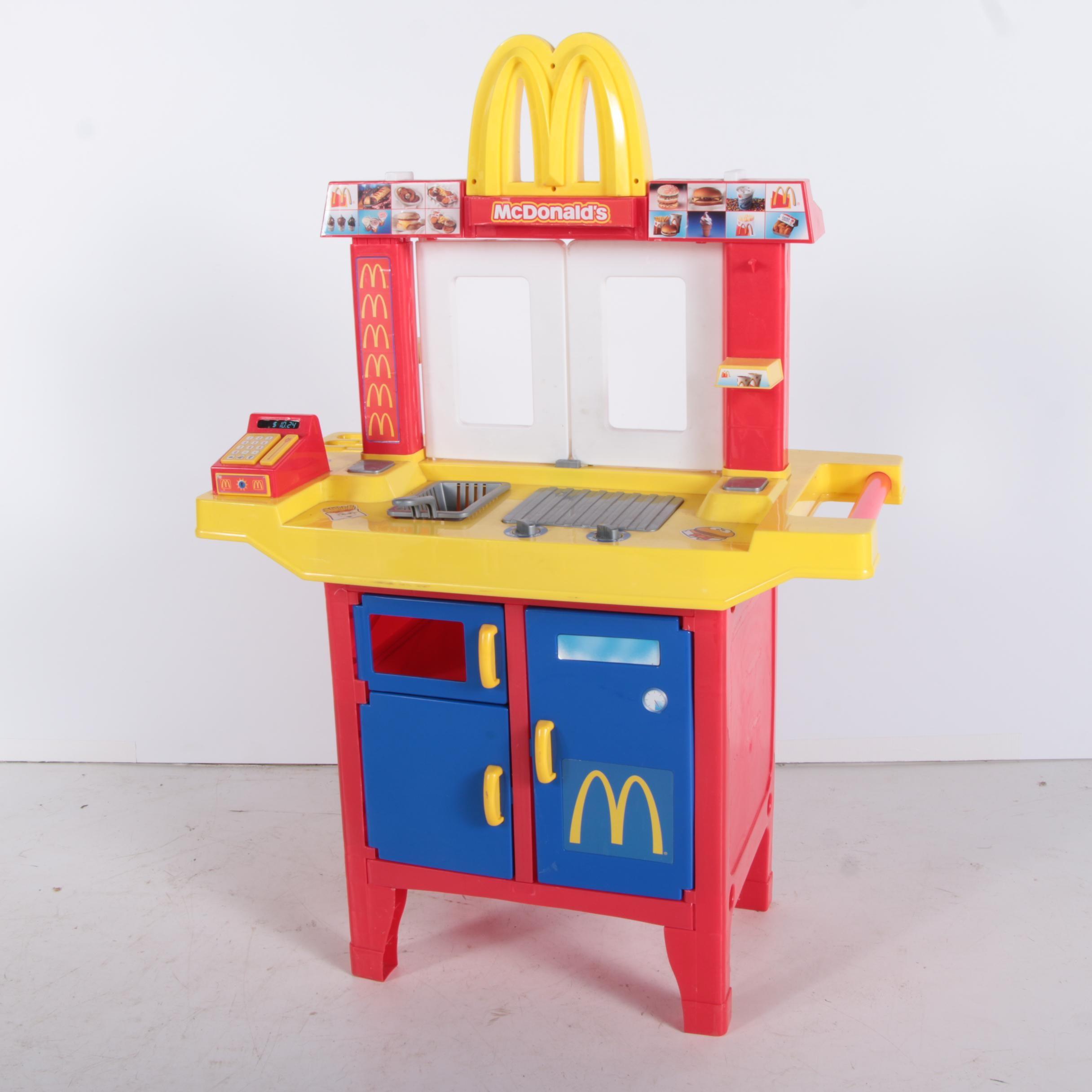 McDonaldu0027s Childrenu0027s Play Kitchen Set And Backpack ...