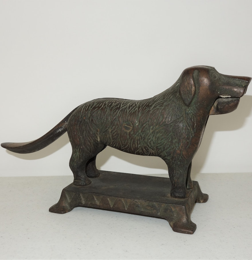 Vintage cast iron dog nut cracker ebth