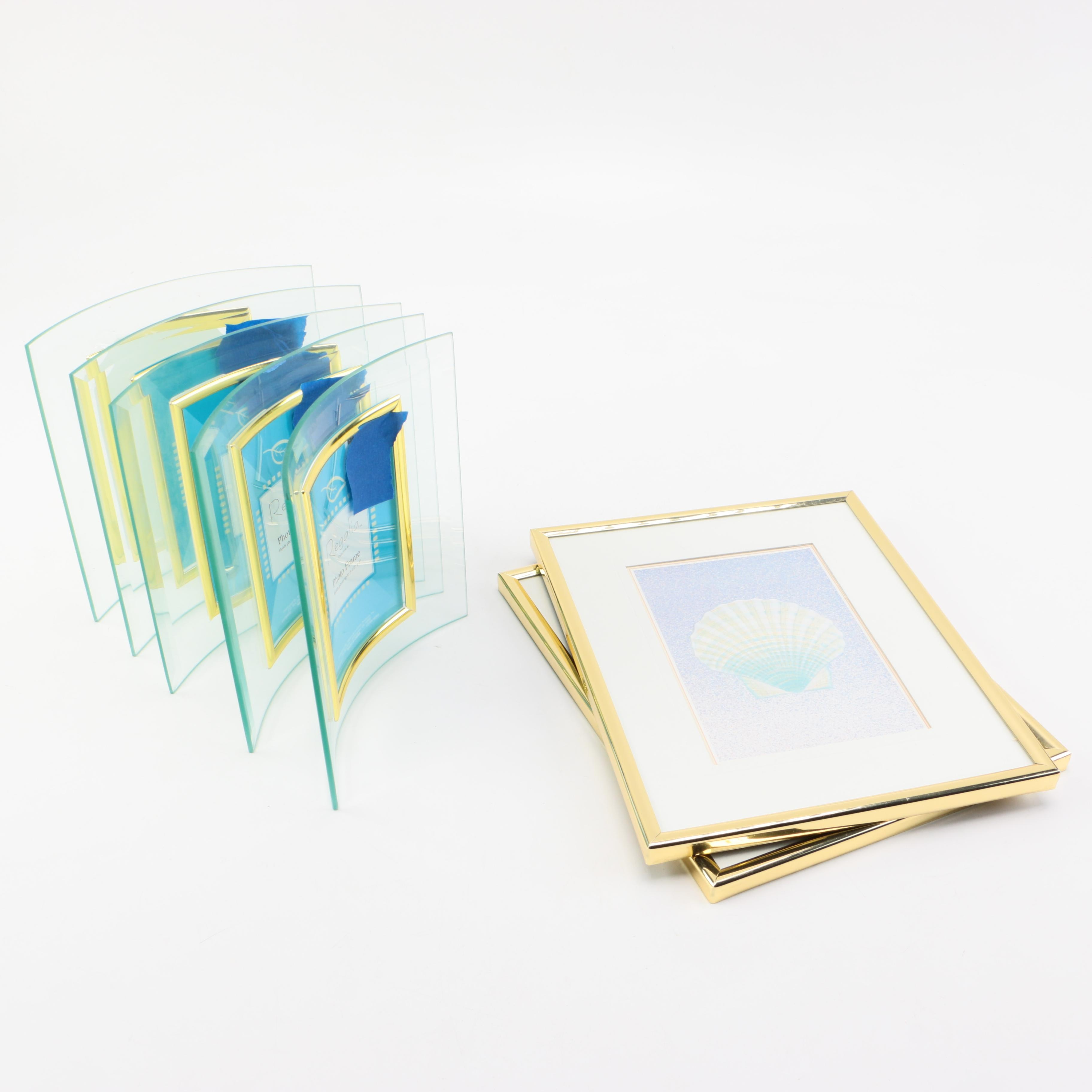 Wall Pictures and Glass Picture Frames
