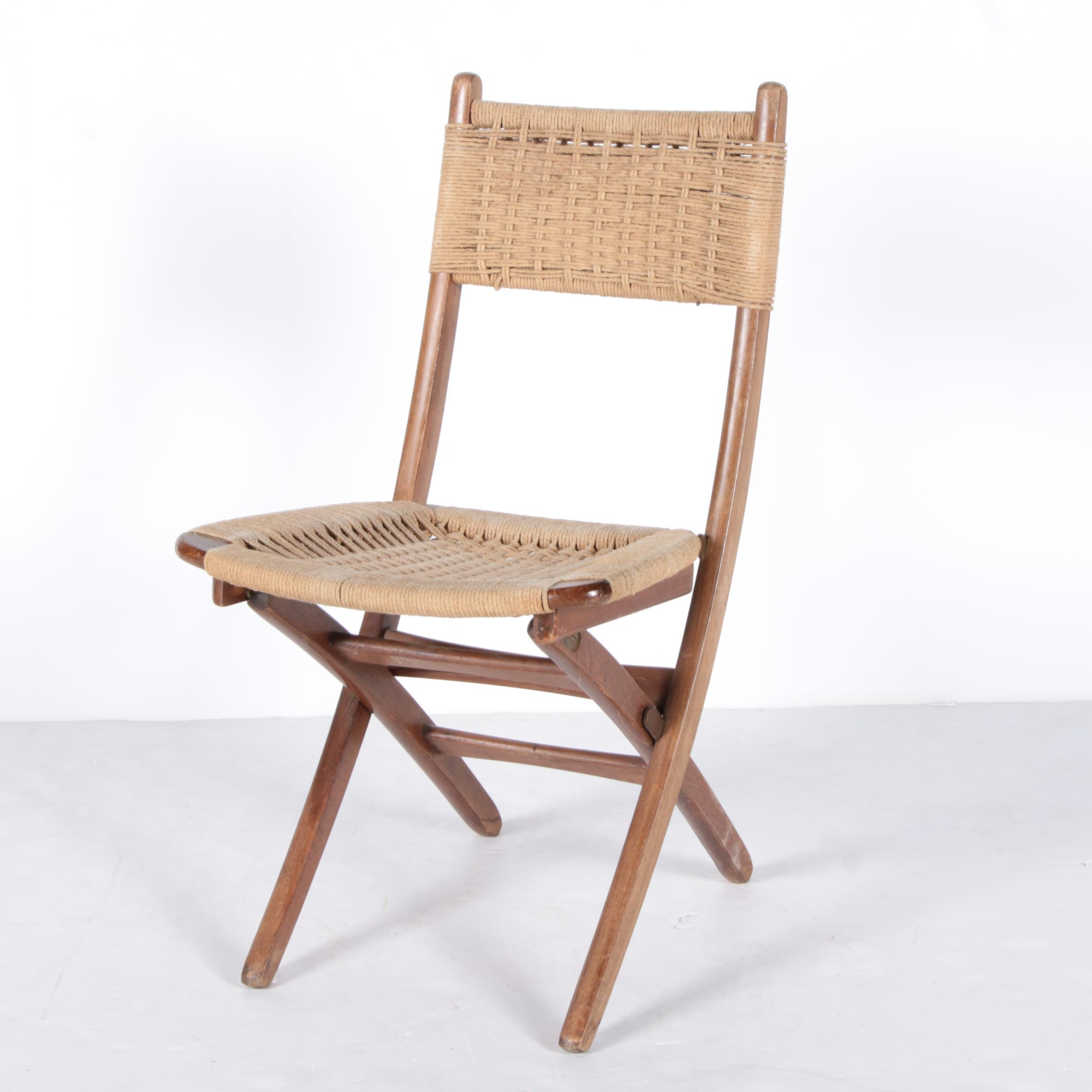 Wooden Folding Chair with Woven Seat