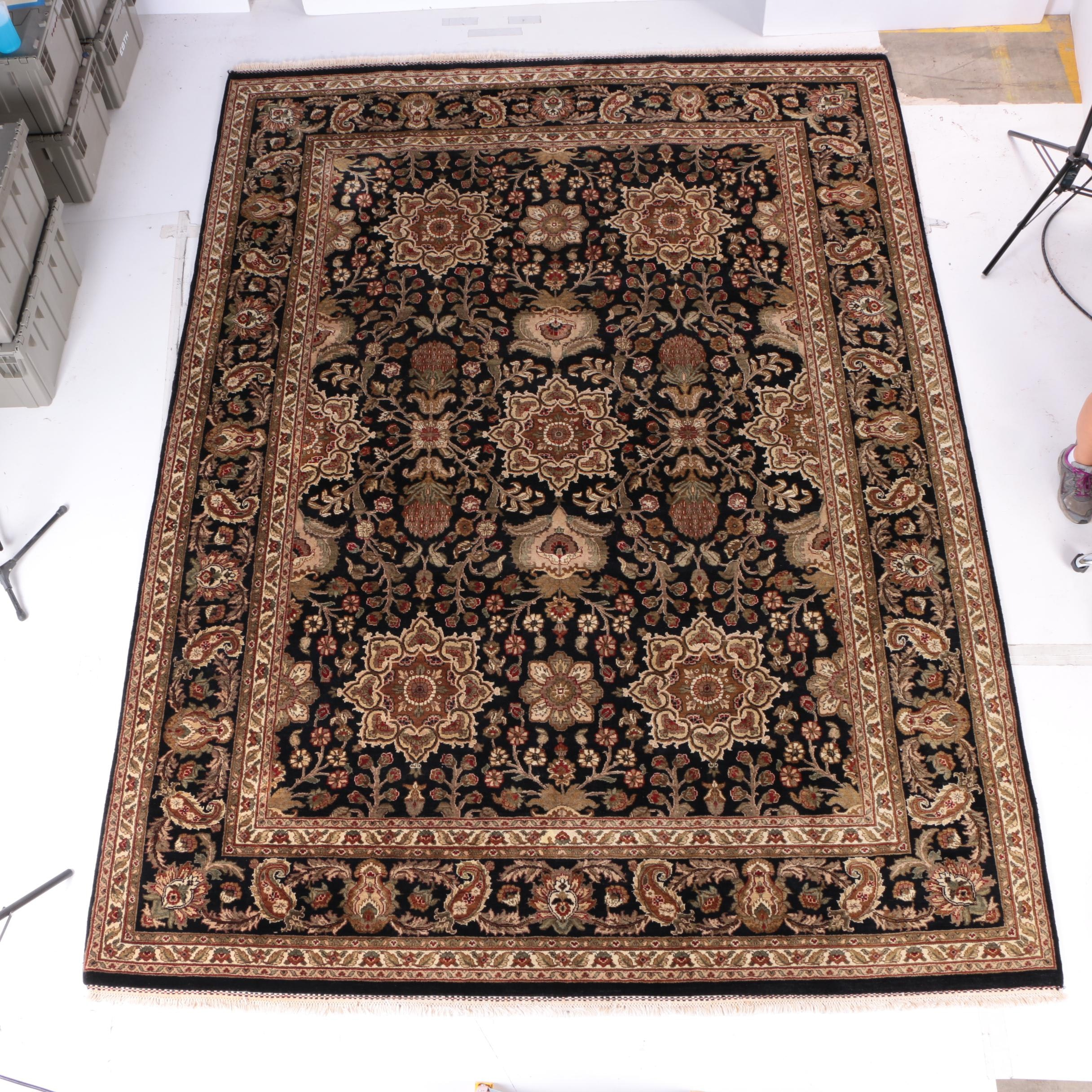 Hand-Knotted Agra Style Wool Area Rug
