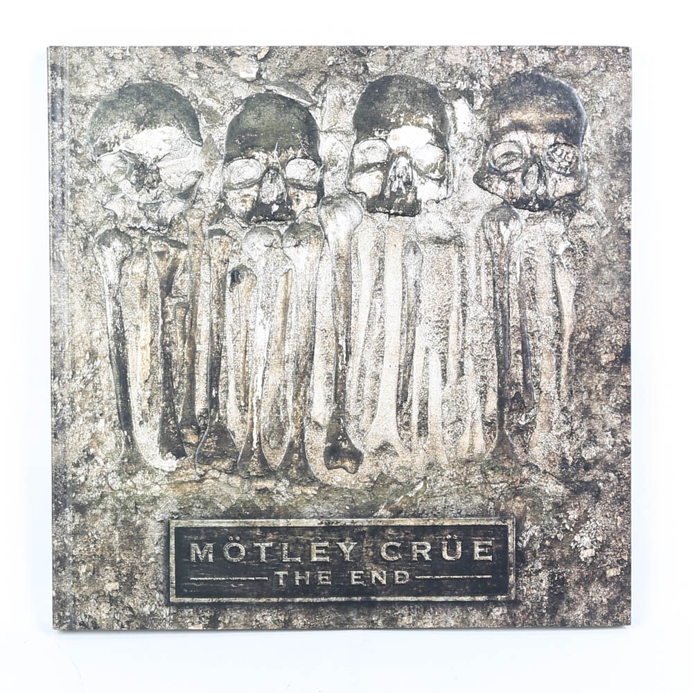 "Motley Crue ""The End"" CD/DVD set"