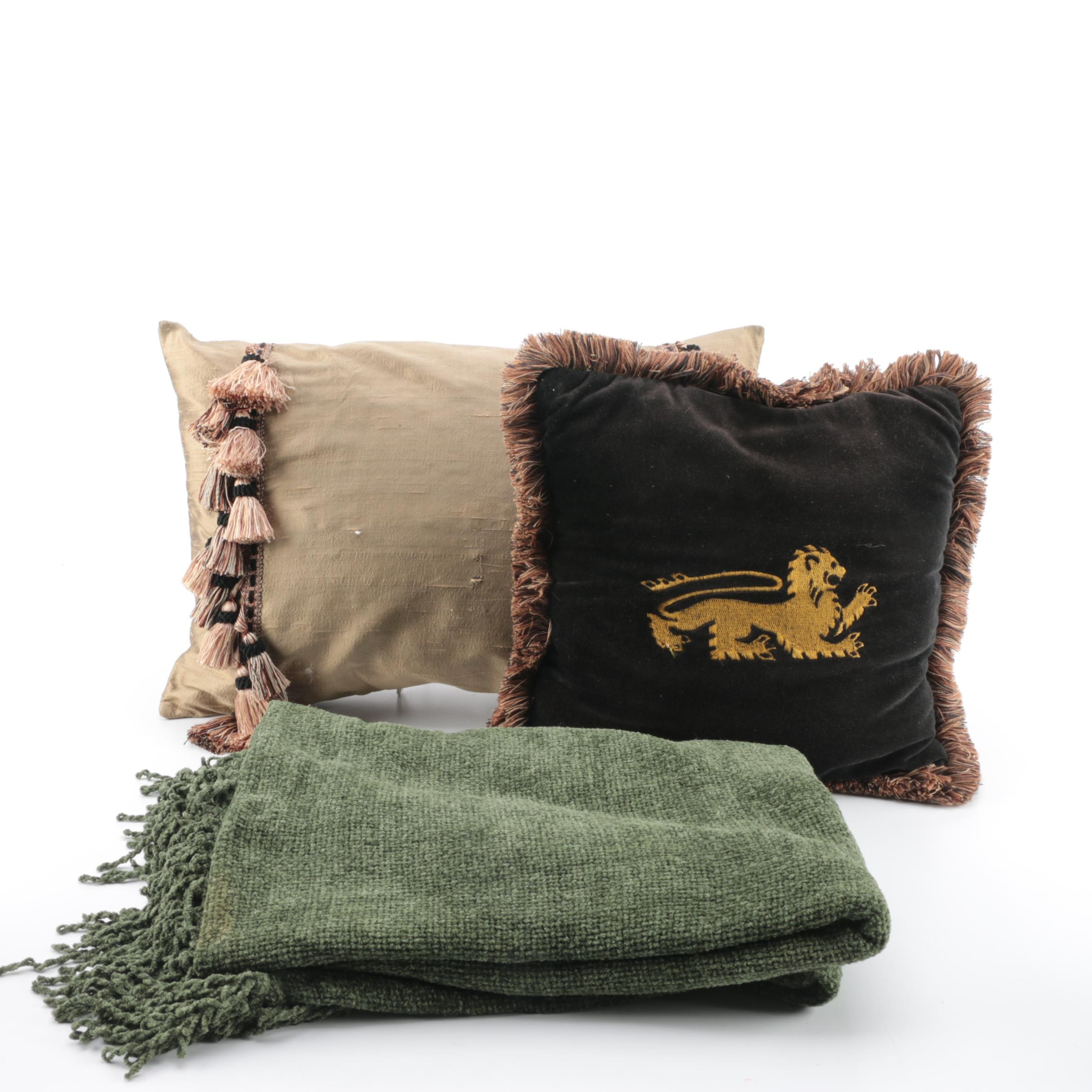 Collection of Decorative Throw Items