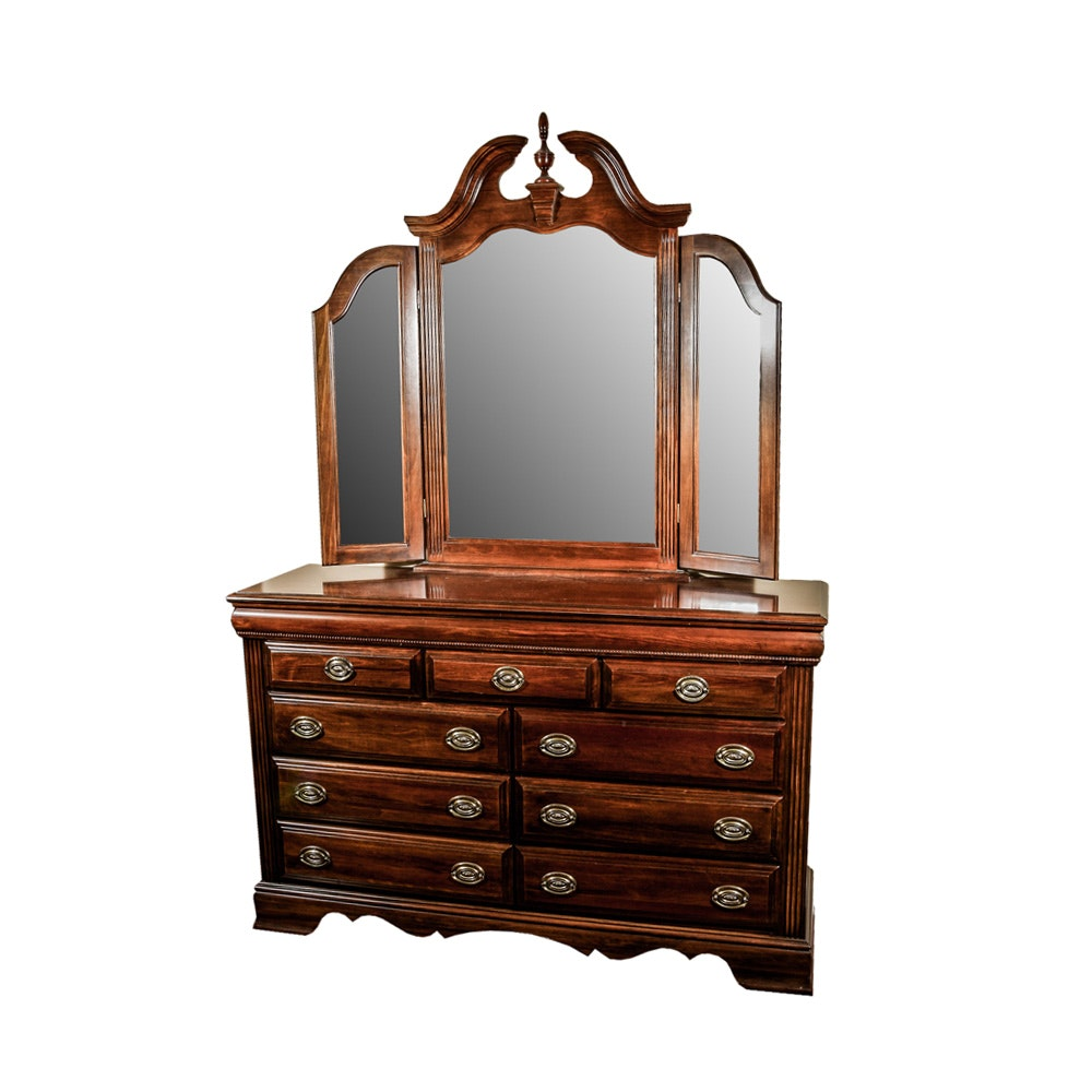 Vintage Federal Style Dresser With Tri Fold Mirror