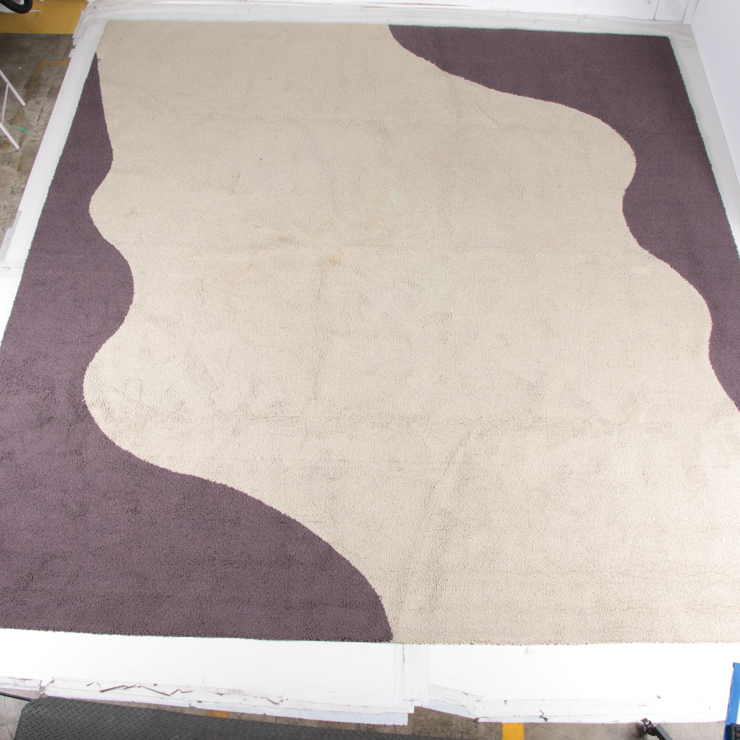 Contemporary Hooked Wool Area Rug