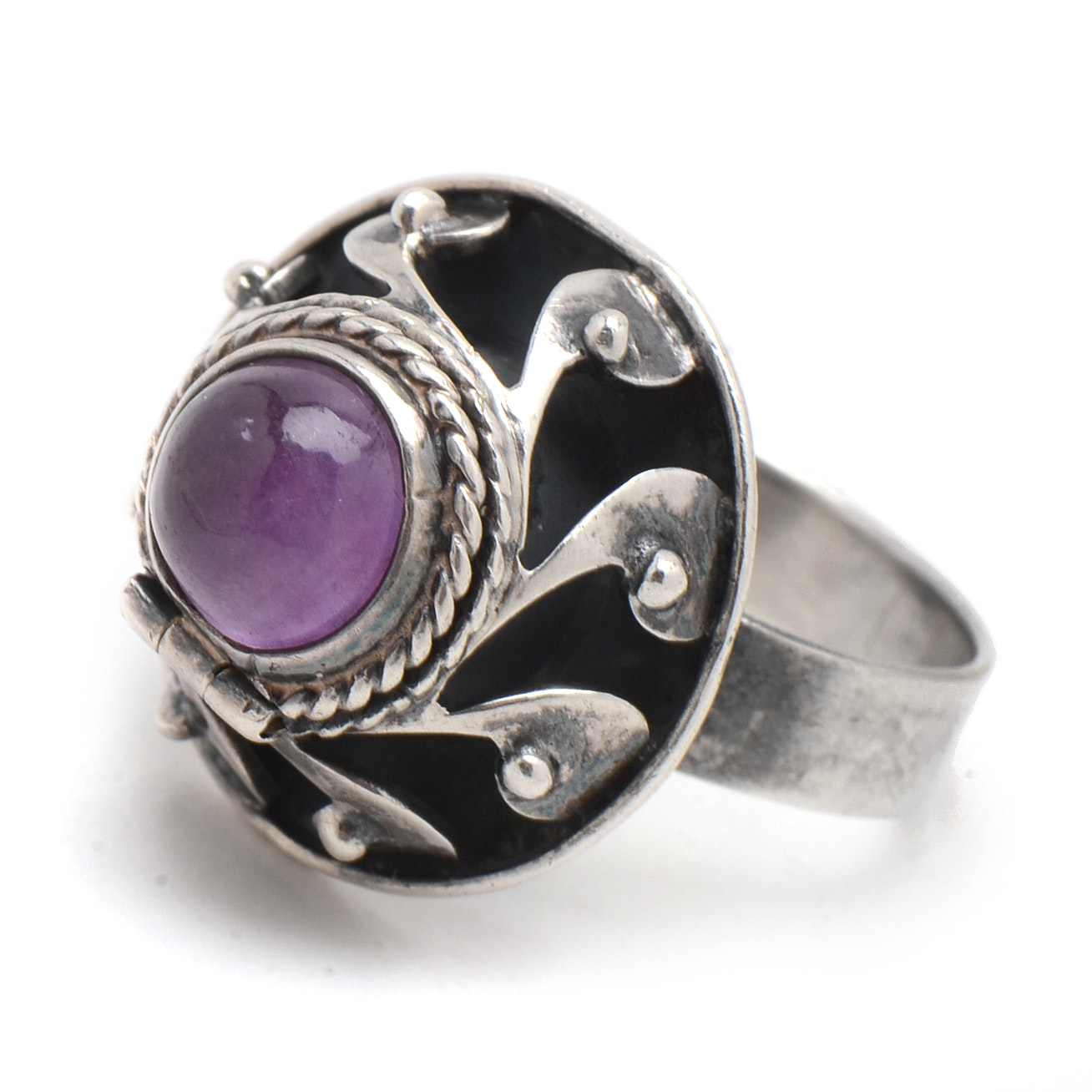 Mexican Sterling Silver and Amethyst Chamber Ring