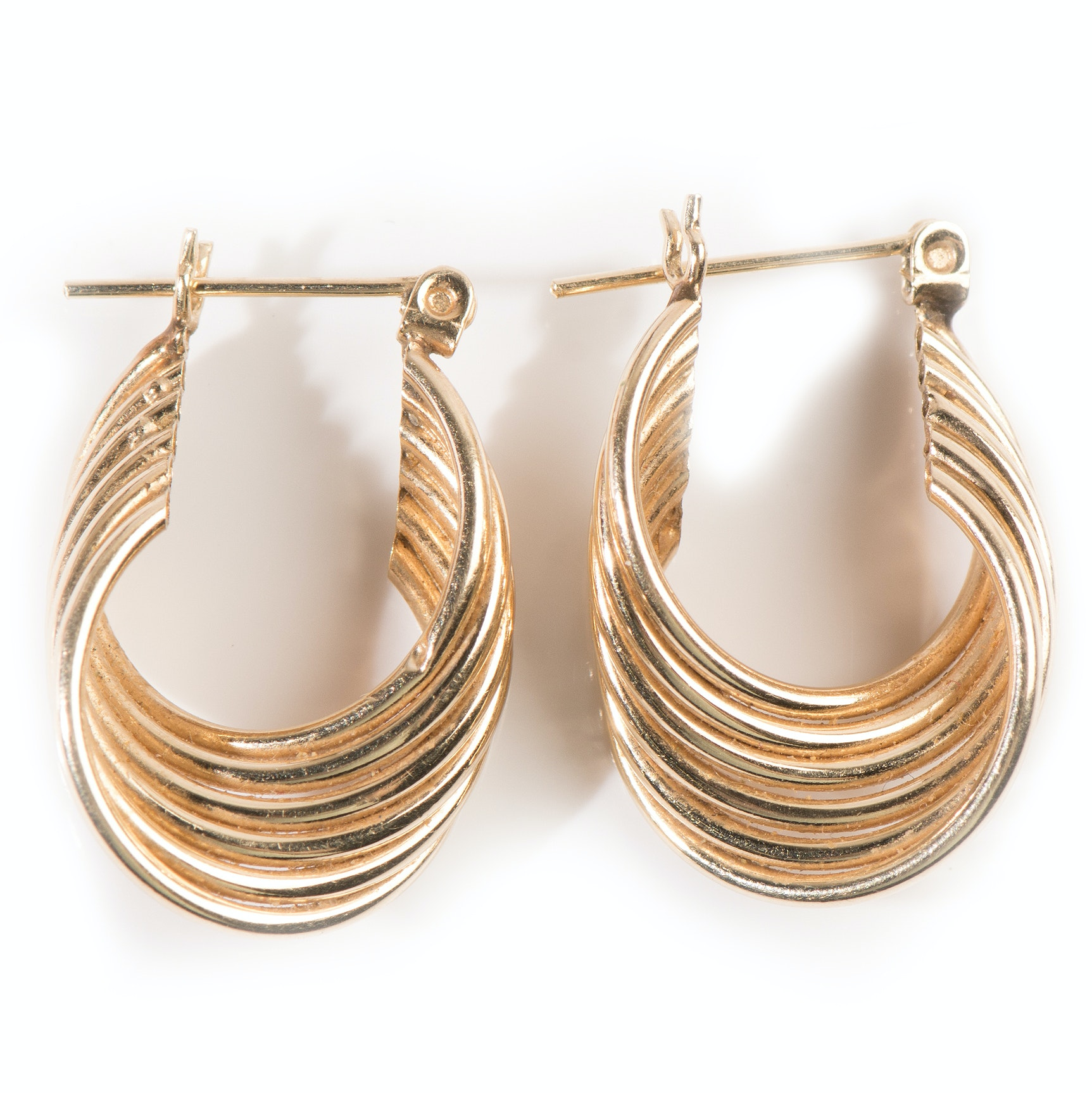 14K Yellow Gold Twisted Hollow Hoop Earrings
