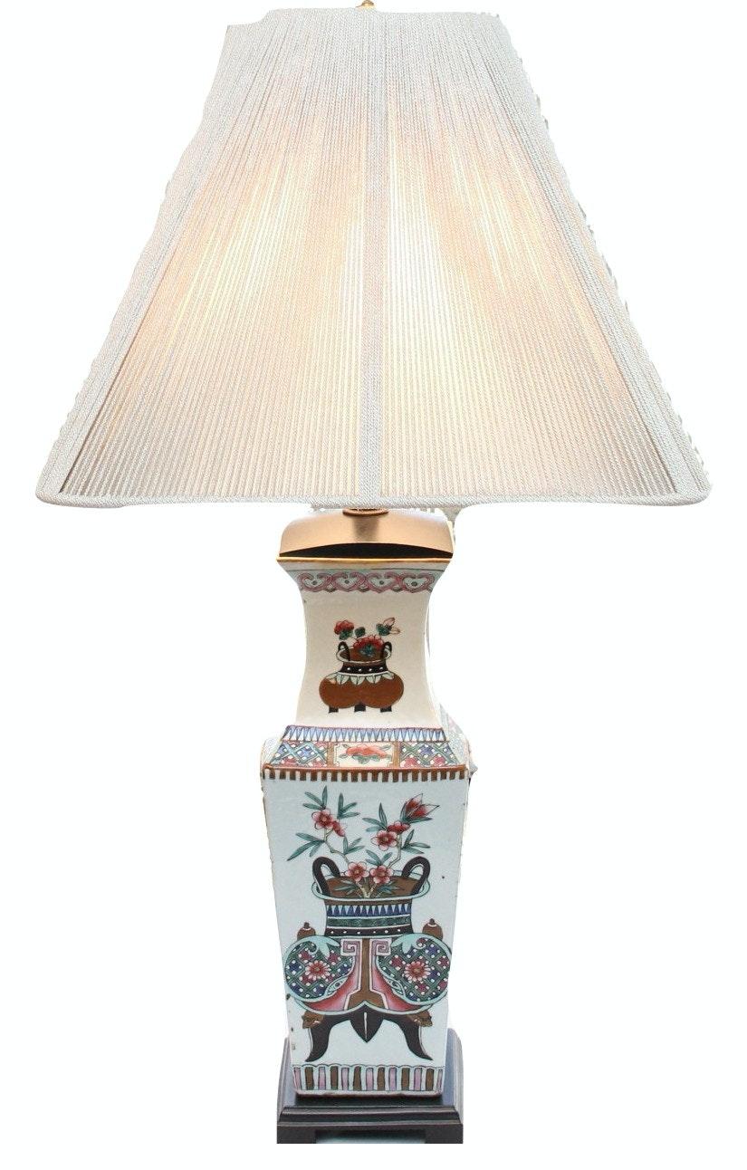 Vintage Asian Vase Inspired Ceramic Table Lamp