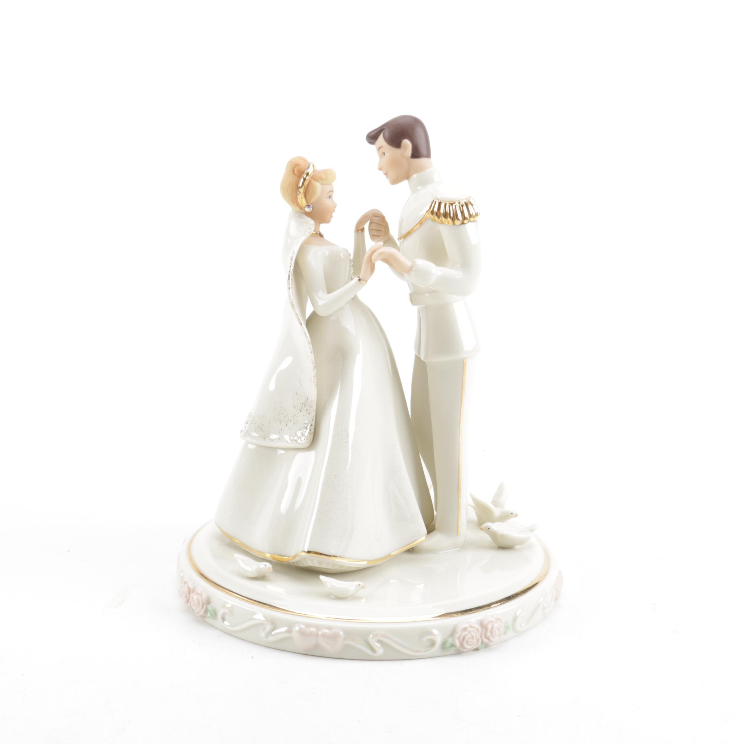 lenox cinderella wedding cake topper lenox disney showcase collection quot cinderella s wedding day 16818