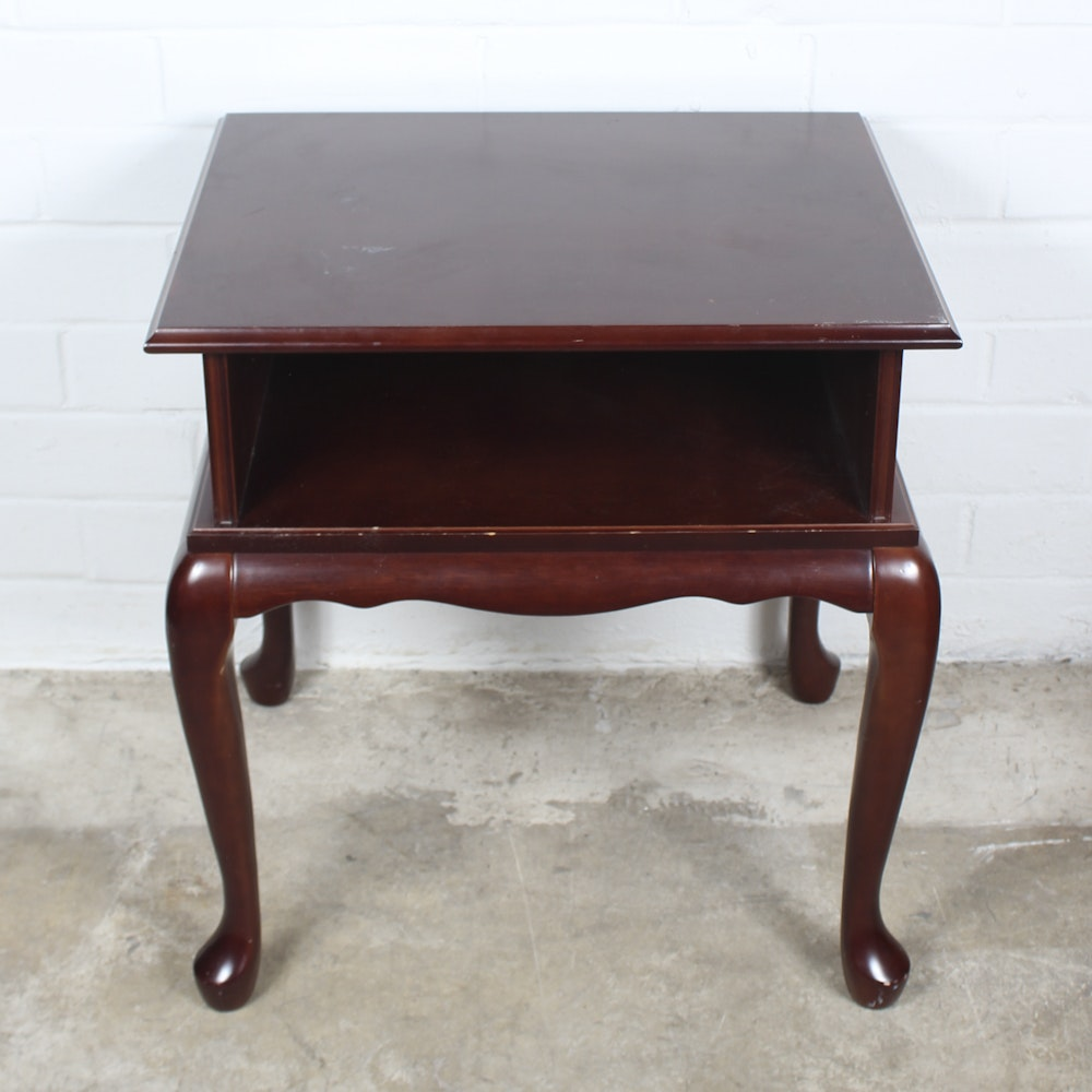 Queen Anne Style Side Table ...