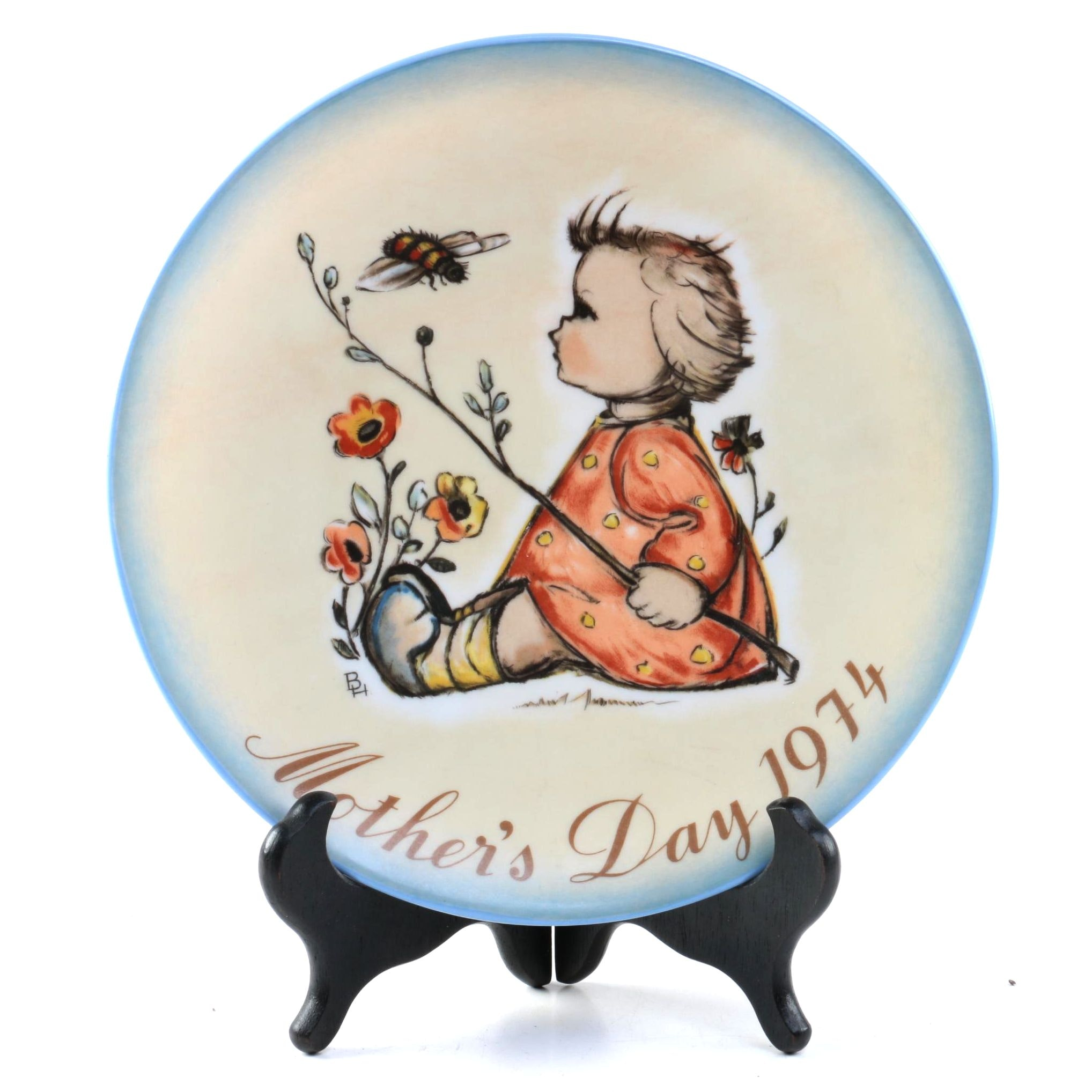Hummel Mother's Day 1974 Plate with Stand