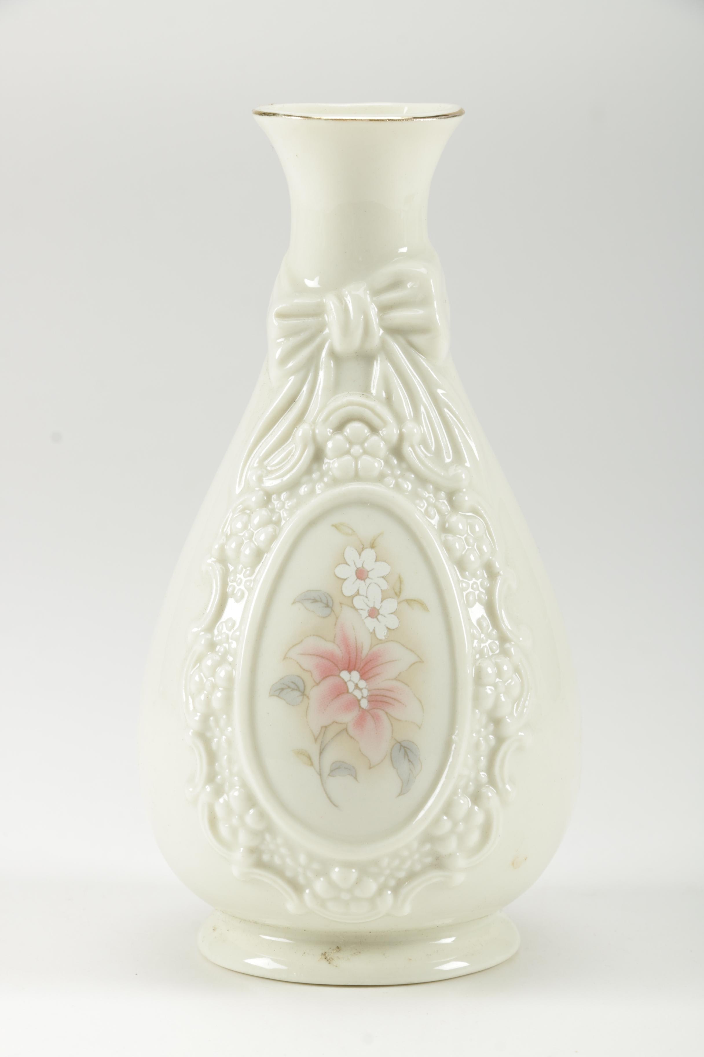 White Porcelain And Ceramic Vases And Bird Figurine Ebth