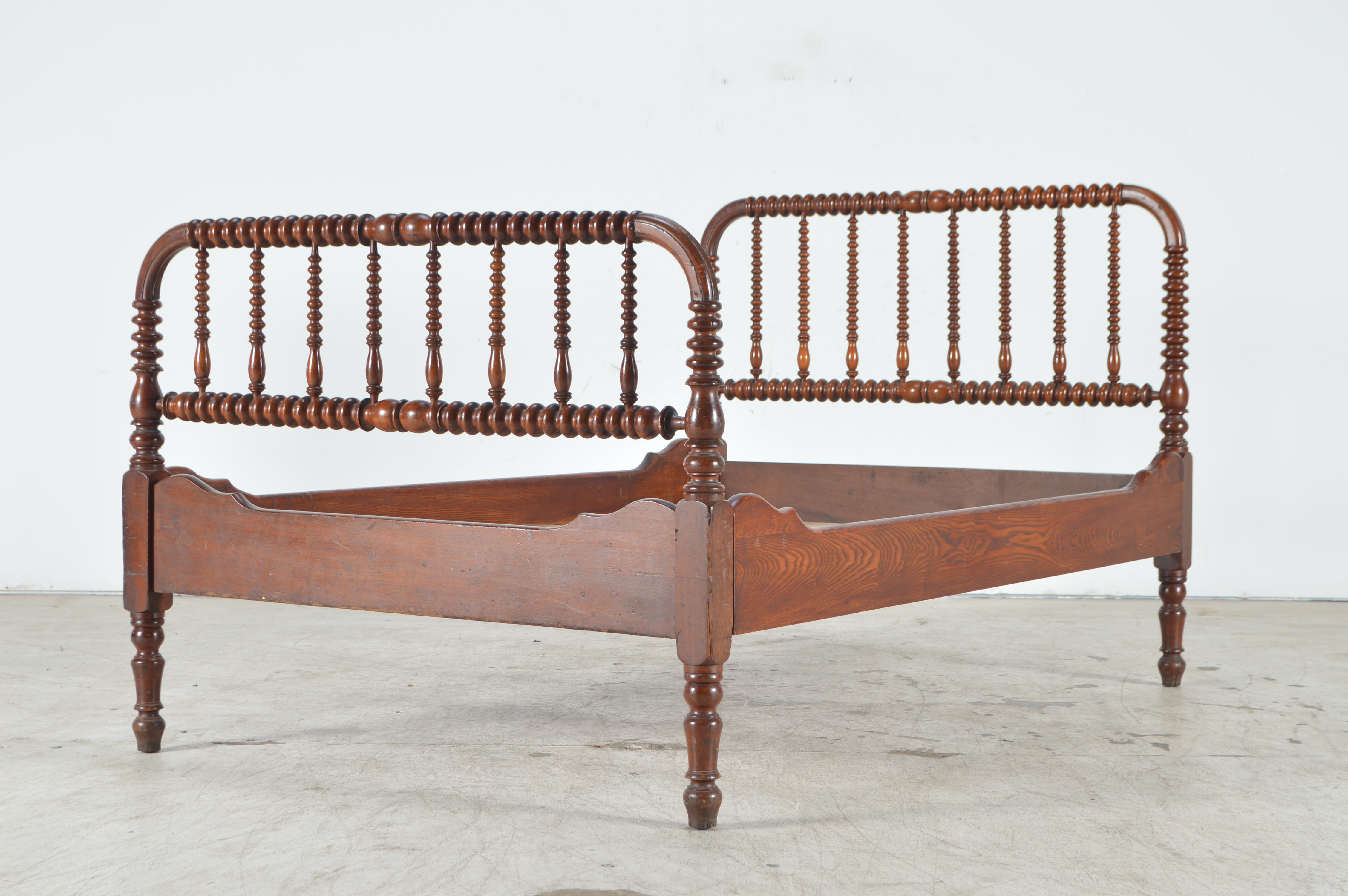 antique 3 4 bed Antique Jenny Lind 3/4 Bed Frame : EBTH antique 3 4 bed
