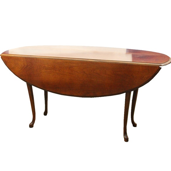 Queen Anne Style Drop-Leaf Coffee Table