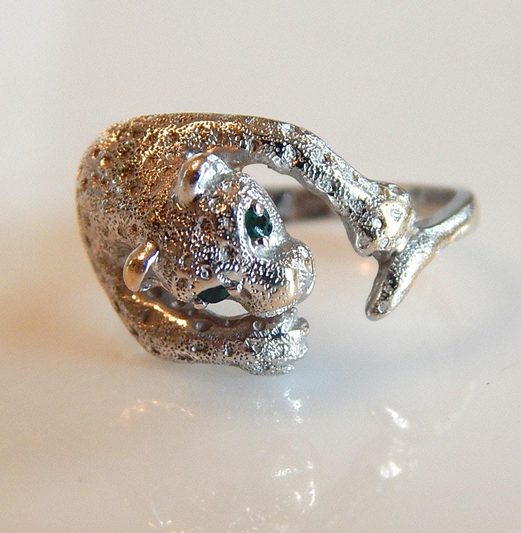 14K White Gold Leopard Ring