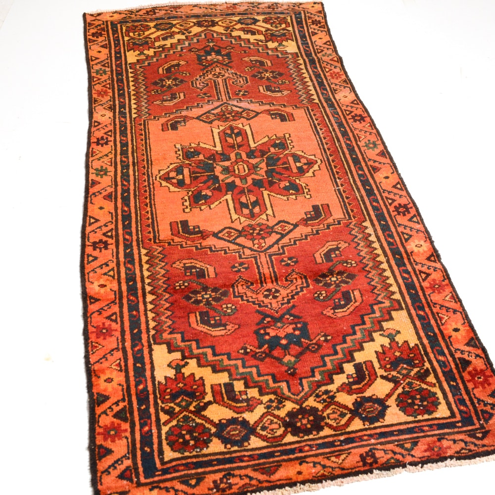 Hand-Knotted Persian Heriz Accent Rug