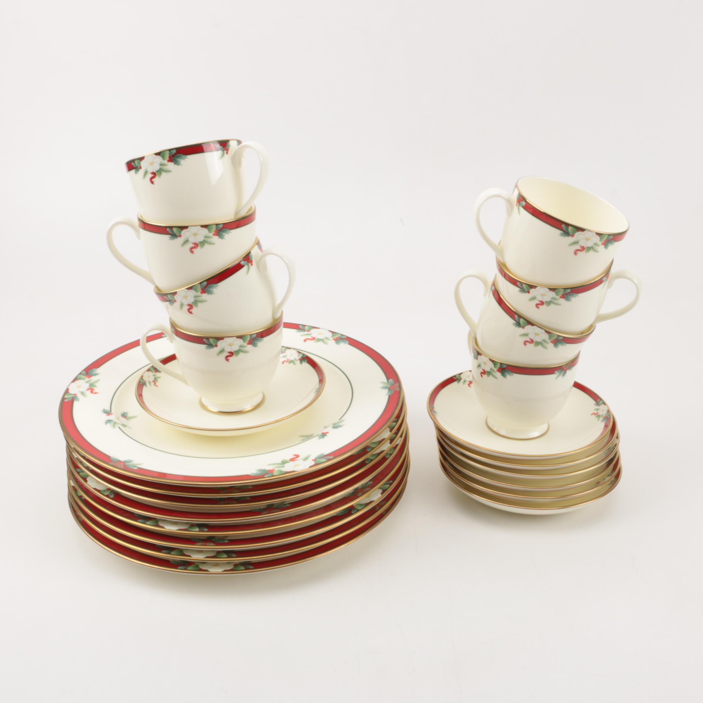Pfaltzgraff \ Yuletide\  Dinner Plates Cups and Saucers ... & Pfaltzgraff \
