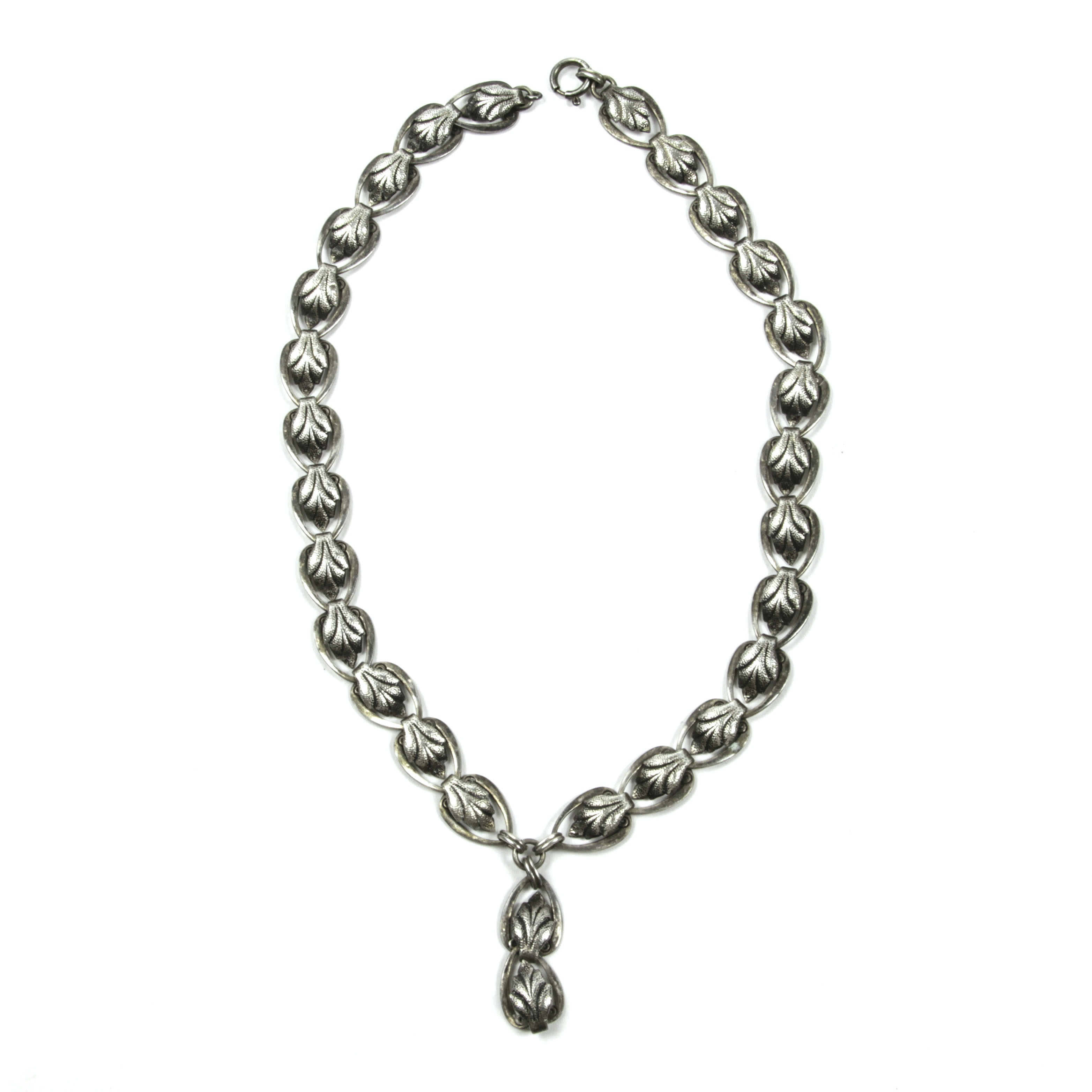 Vintage Small-Sized Silver Necklace