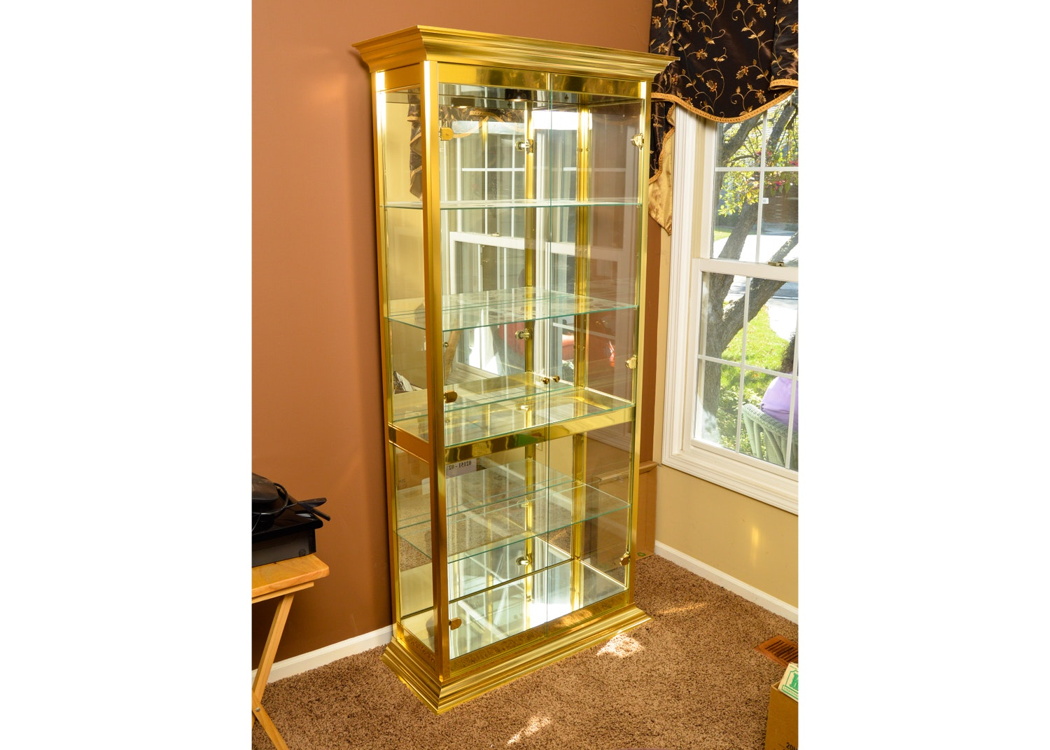 Glass And Gold Display Cabinet ...