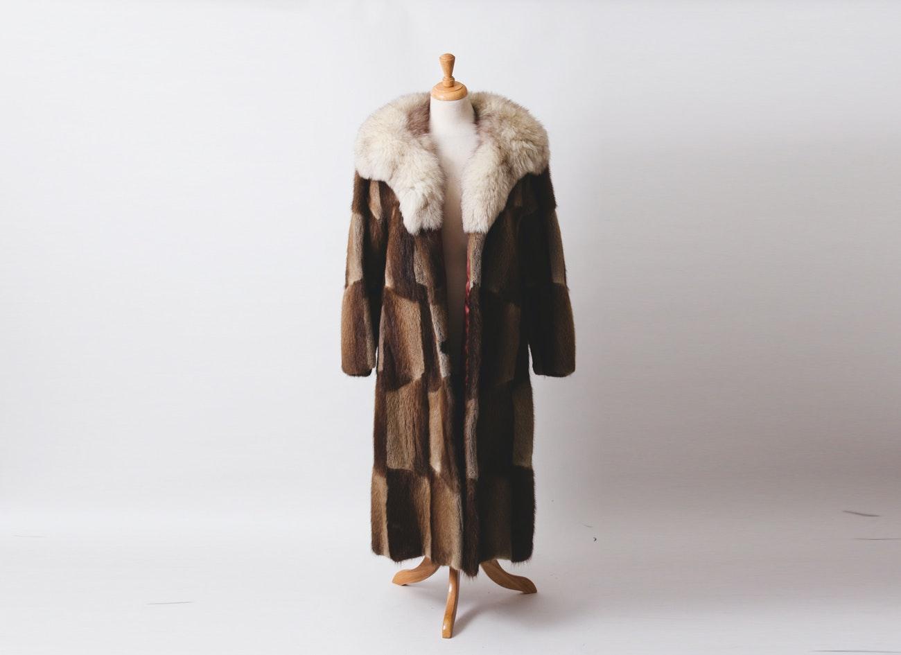 Vintage Muskrat Fur Coat with Fox Fur Shawl Collar