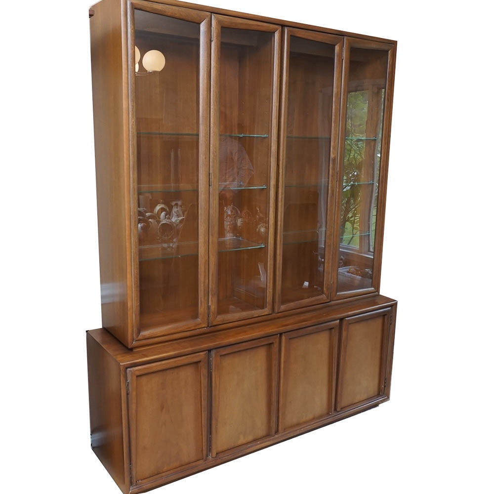 Ordinaire Mid Century Modern China Cabinet By Kroehler ...