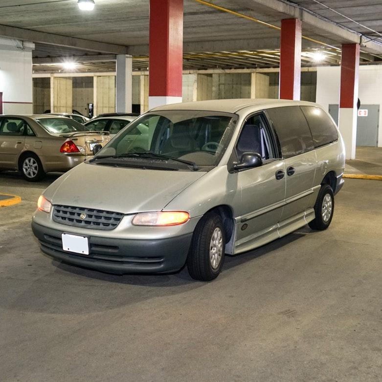 2000 Chrysler Voyager Handicap Equipped Van
