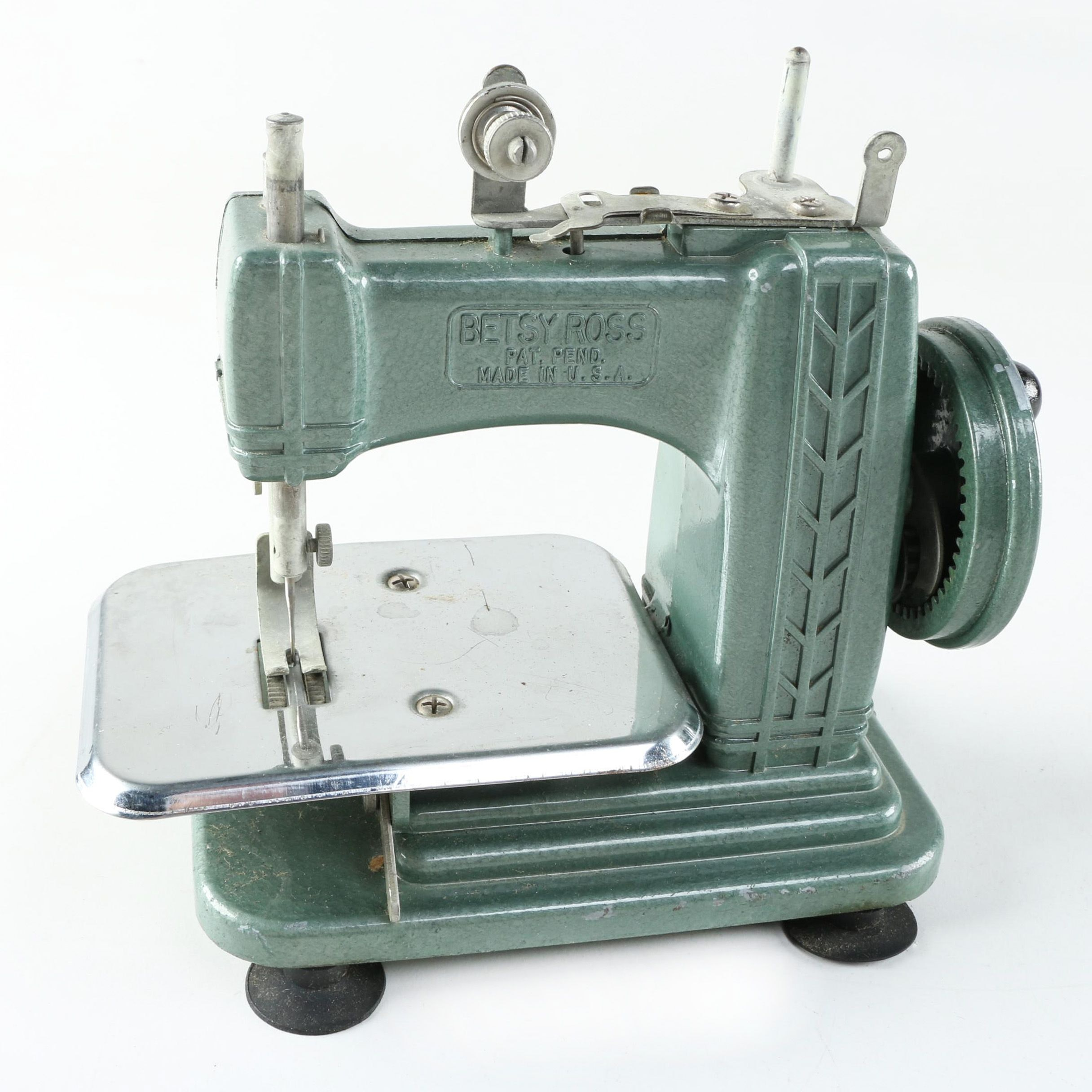 Vintage Betsy Ross Miniature Children's Sewing Machine