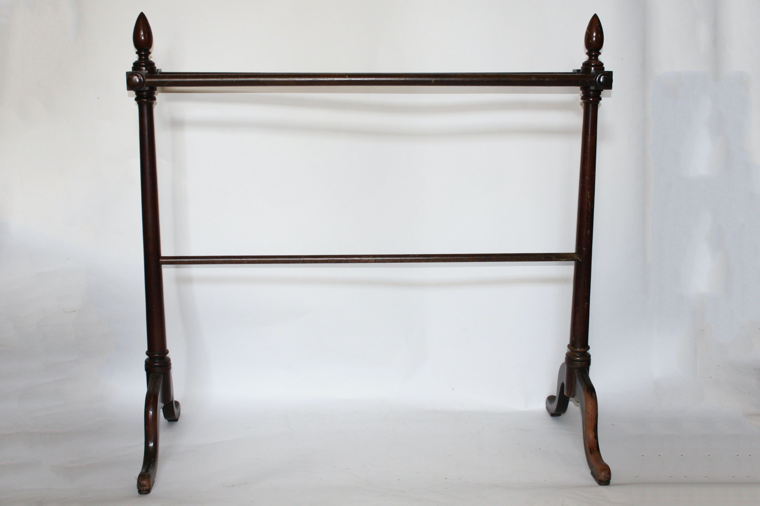 Queen Anne Style Mahogany Quilt Rack Ebth