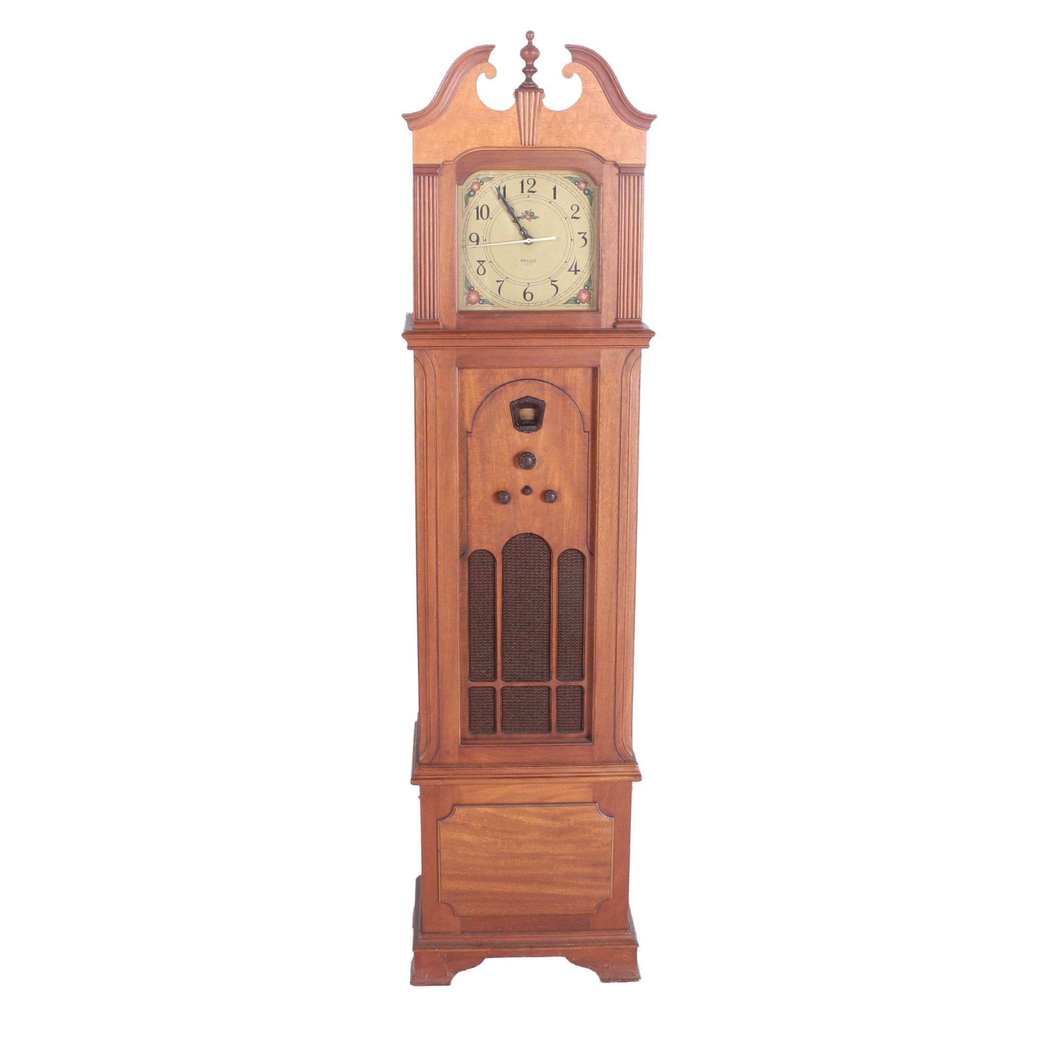 Circa 1930s Philco 570 Grandfather Clock Radio