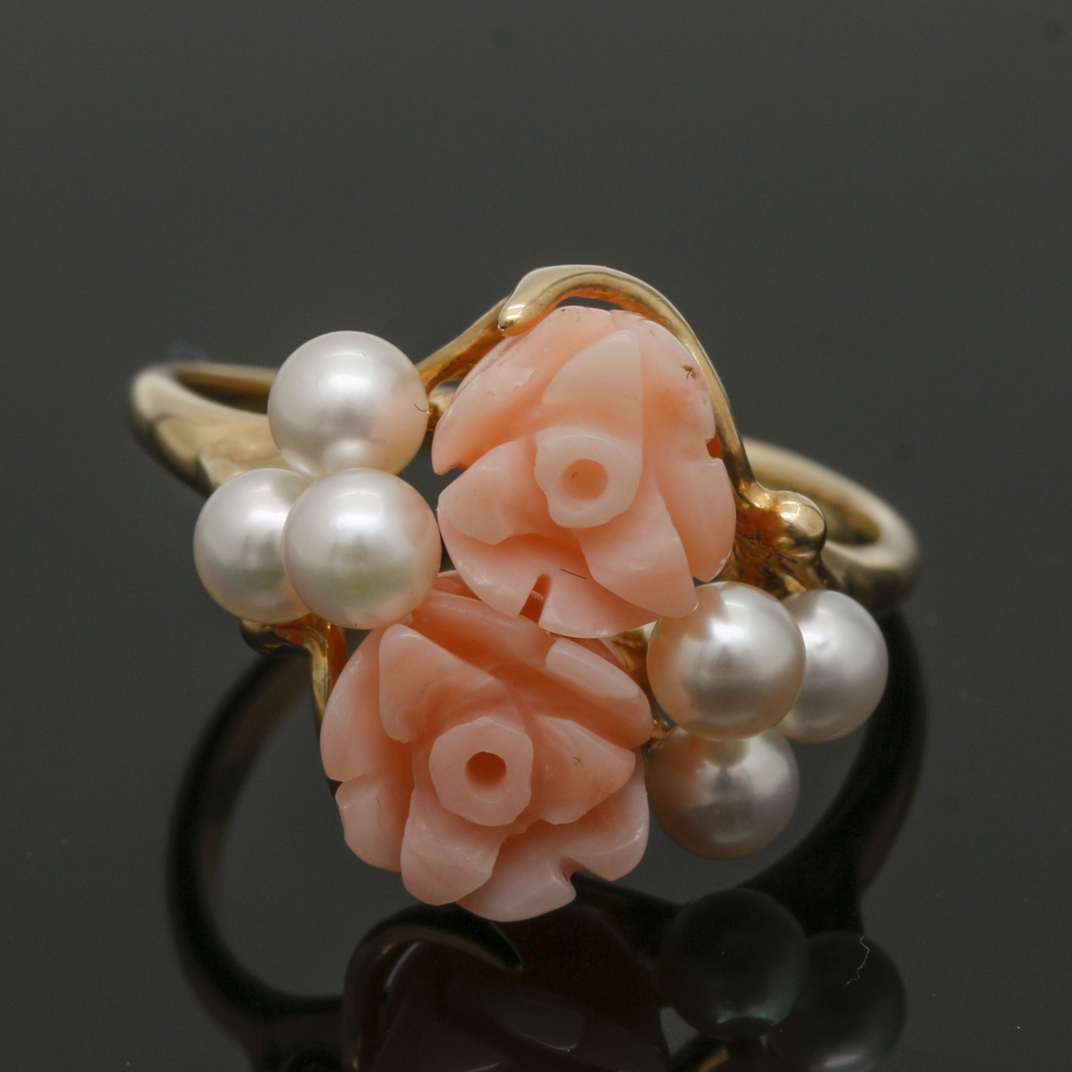 14K Yellow Gold Carved Angel Skin Coral and Cultured Pearl Ring