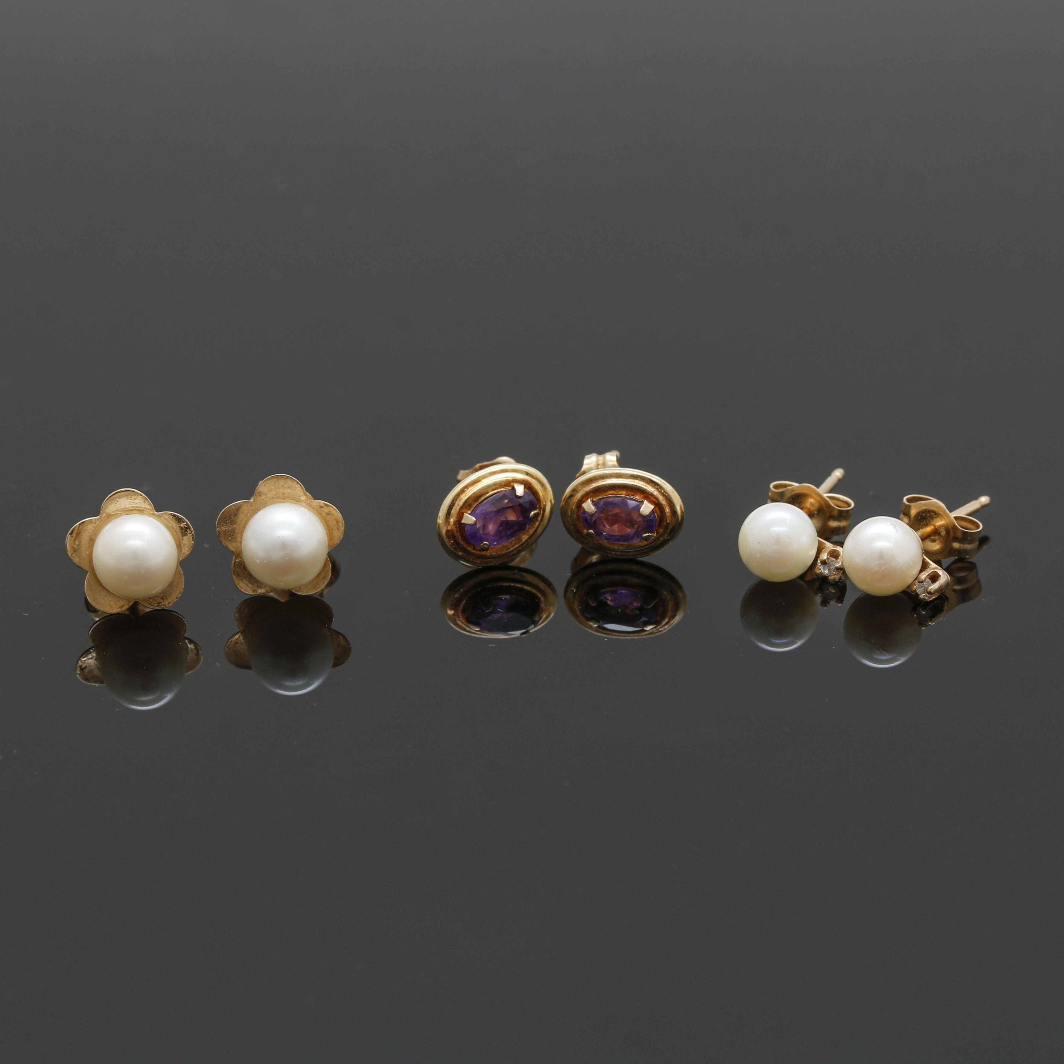 Assortment of 14K Yellow Gold Pearl and Gemstone Stud Earrings