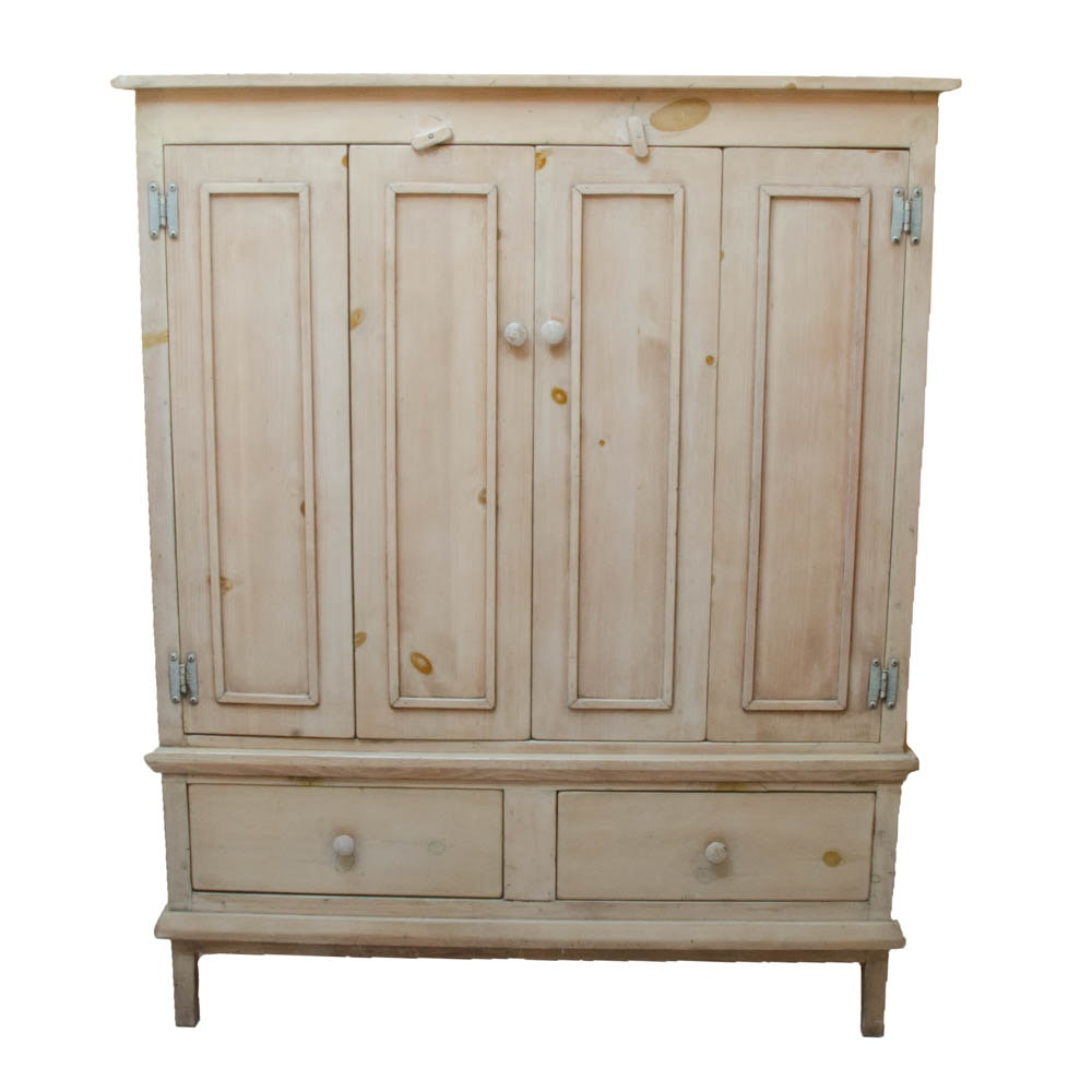 Rustic Pine Kitchen Cabinets: Rustic Pine Cabinet