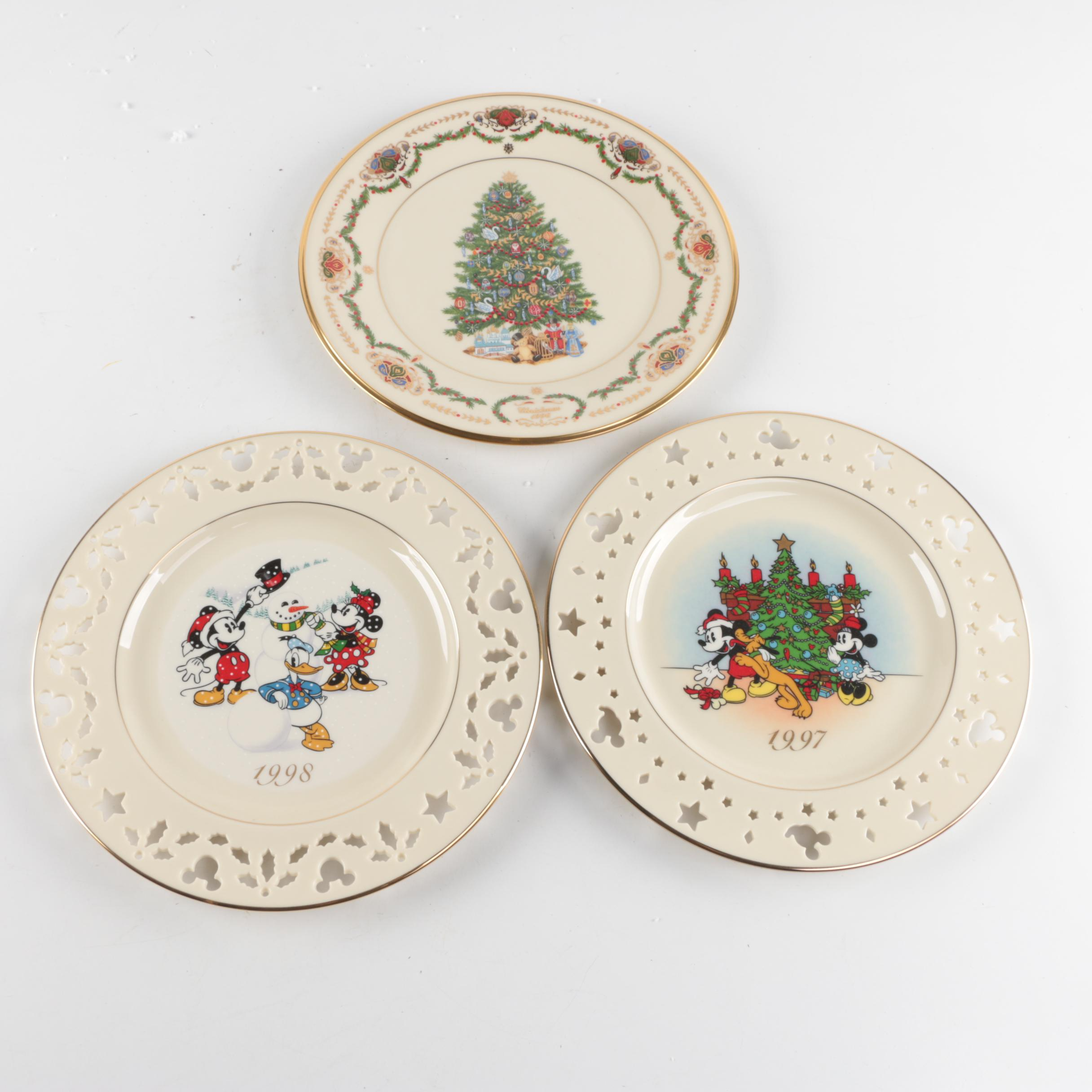 Collection of Lenox Christmas Plates including Disney : EBTH