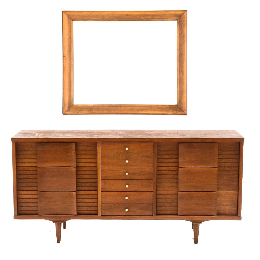 Mid Century Modern Walnut Dresser With Mirror