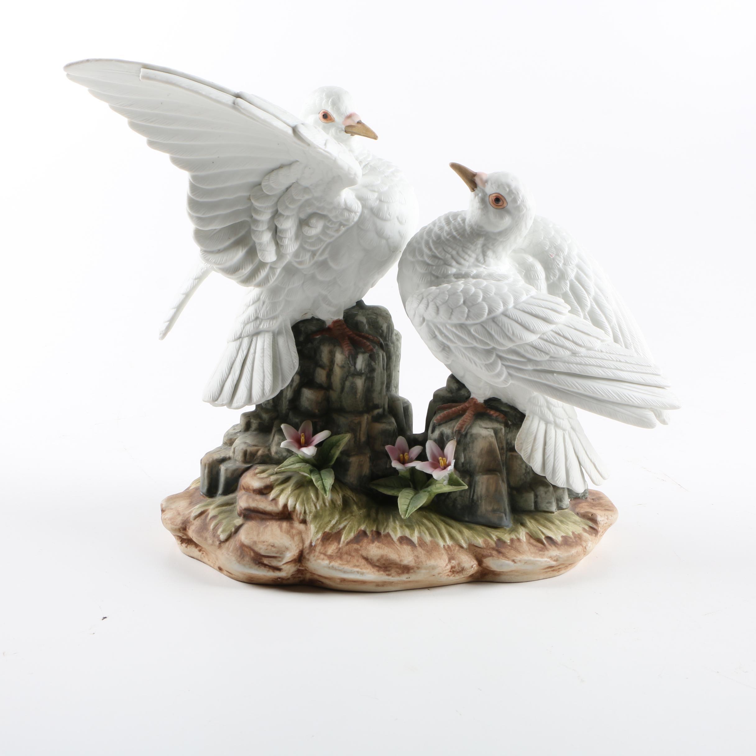 """Andrea by Sadek """"White Dove"""" Ceramic Figurine"""