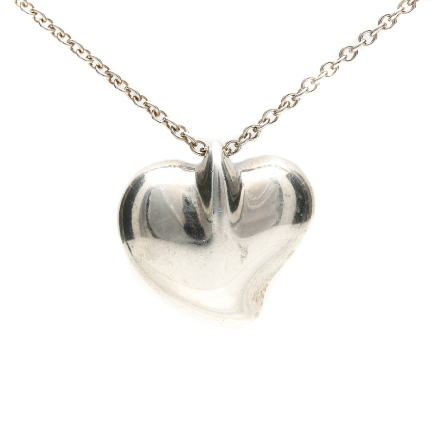 Tiffany co sterling silver elsa peretti carved heart pendant tiffany co sterling silver elsa peretti carved heart pendant necklace audiocablefo