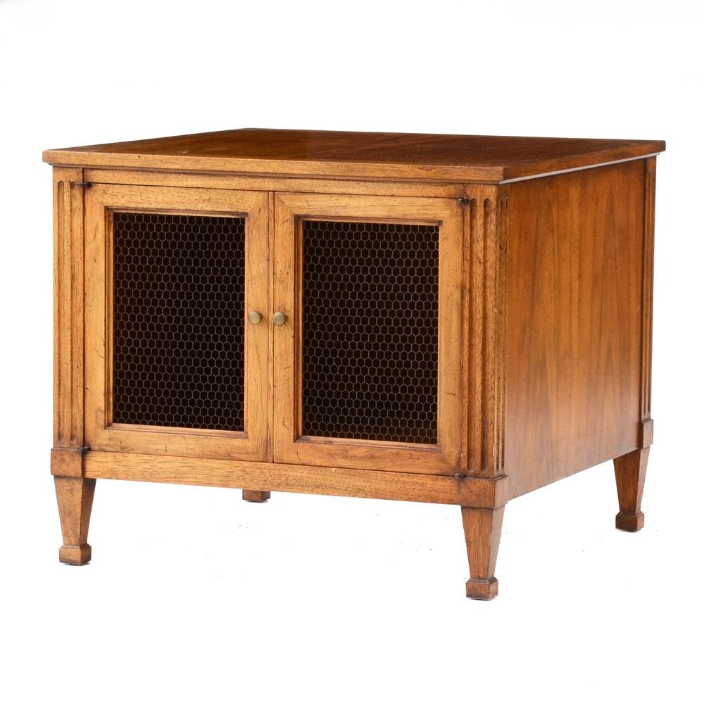 Wooden Two Door Wire Mesh Screen Cabinet