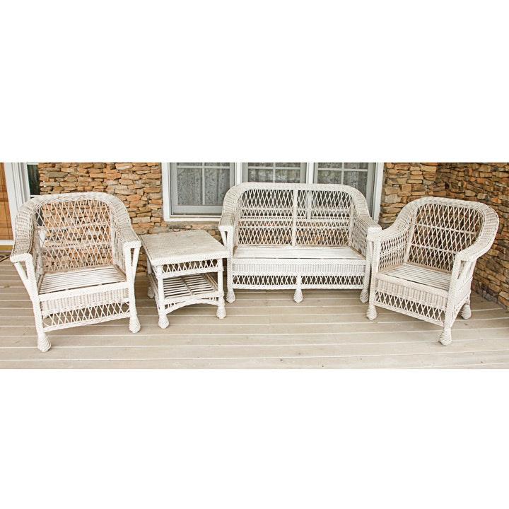 Vintage White Wicker Patio Furniture Set