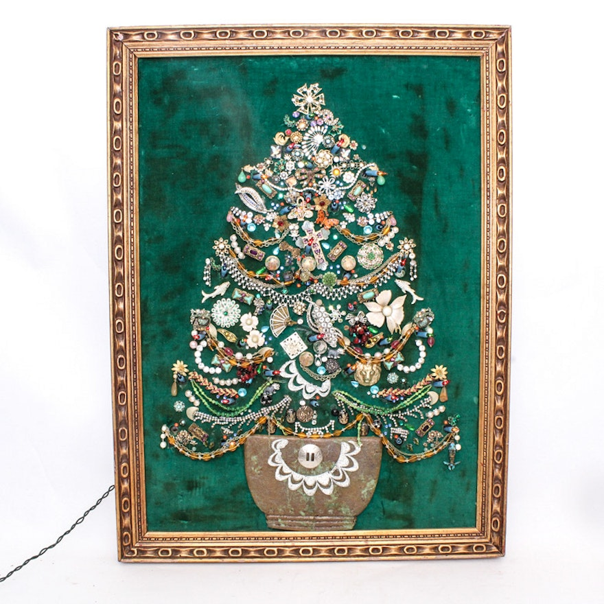 Vintage Jewelry Lighted Christmas Tree Artwork Ebth