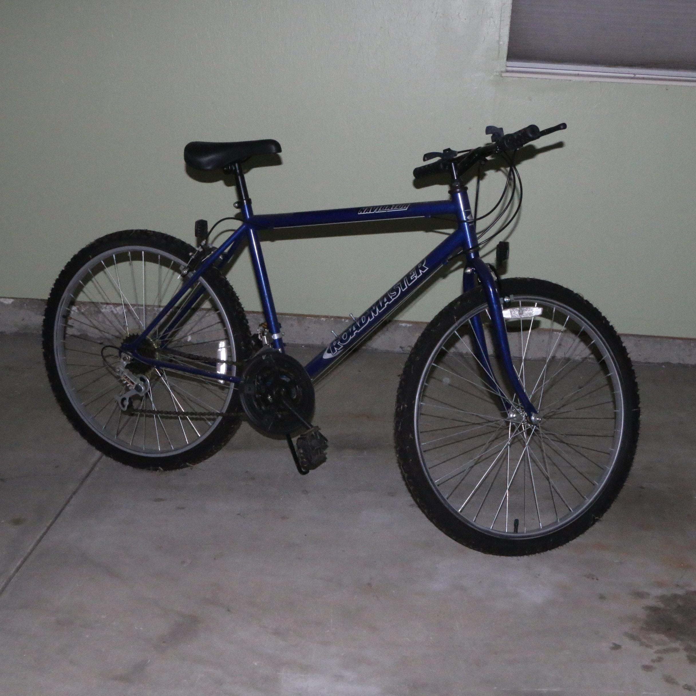Roadmaster NaviGATOR Mountain Bicycle